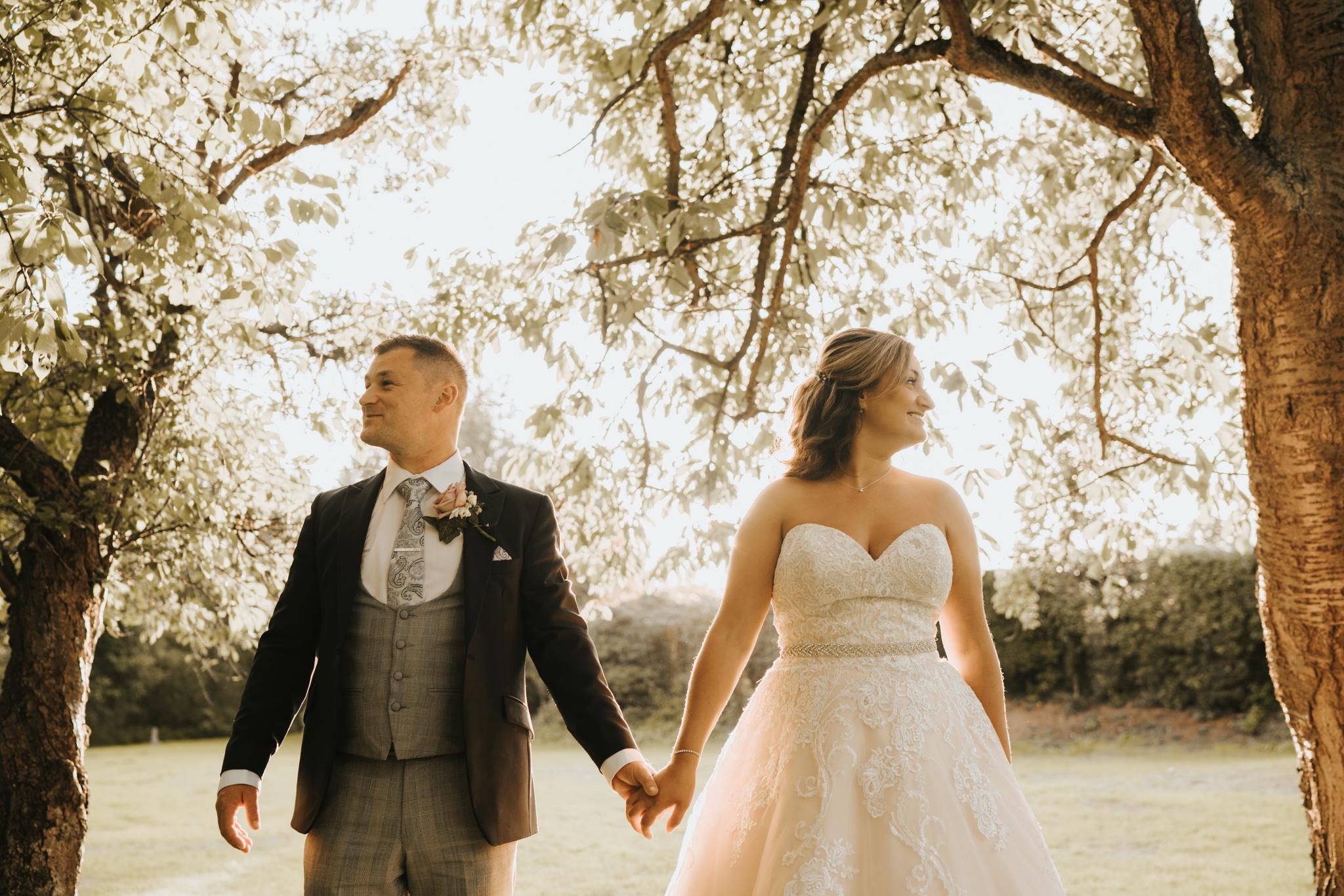sarah-paul-boho-essex-wedding-white-hart-great-yeldham-alternative-essex-wedding-photographer-grace-elizabeth-colchester-alternative-photographer-essex-suffolk-norfolk-devon (105 of 116).jpg