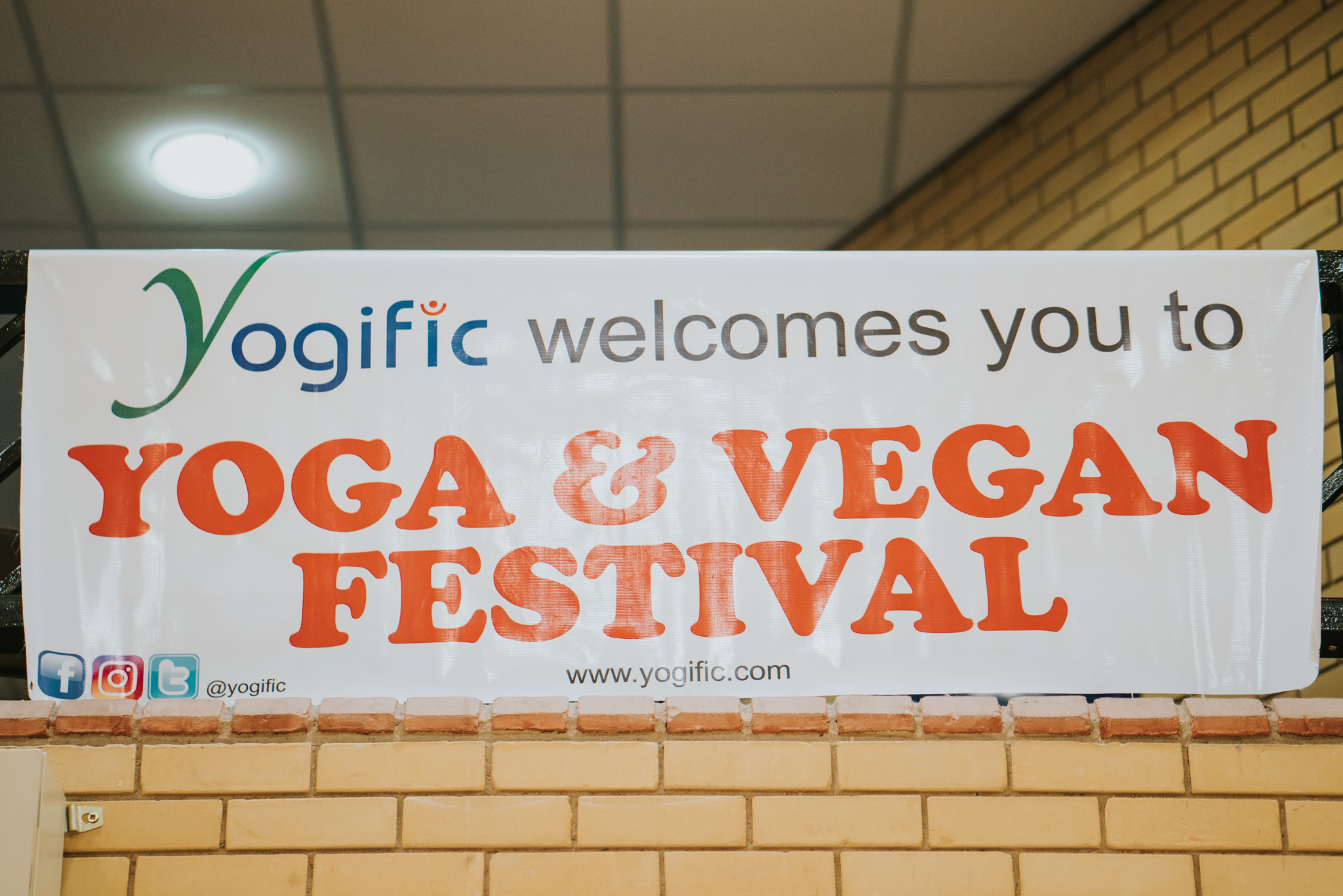 yogific-essex-yoga-vegan-festival-essex-university-grace-elizabeth-colchester-essex-alternative-wedding-lifestyle-photographer-suffolk-norfolk-devon-london-vegan-nights-cruelty-free (71 of 73).jpg