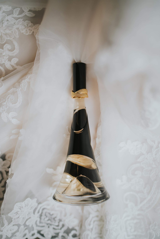 john-amy-relaxed-beach-wedding-tunnels-beaches-ilfracombe-north-devon-grace-elizabeth-colchester-essex-alternative-relaxed-wedding-photography-devon-suffolk-norfolk-essex (11 of 159).jpg
