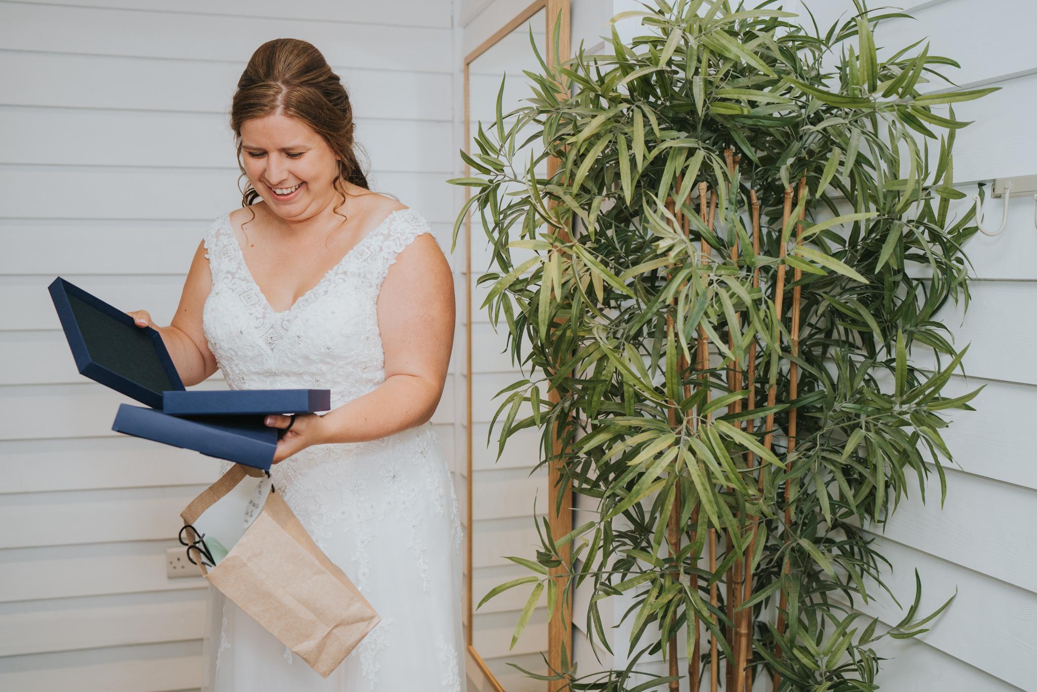 john-amy-relaxed-beach-wedding-tunnels-beaches-ilfracombe-north-devon-grace-elizabeth-colchester-essex-alternative-relaxed-wedding-photography-devon-suffolk-norfolk-essex (38 of 159).jpg