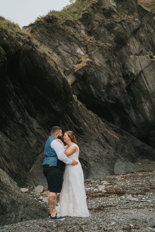 john-amy-relaxed-beach-wedding-tunnels-beaches-ilfracombe-north-devon-grace-elizabeth-colchester-essex-alternative-relaxed-wedding-photography-devon-suffolk-norfolk-essex (92 of 159).jpg