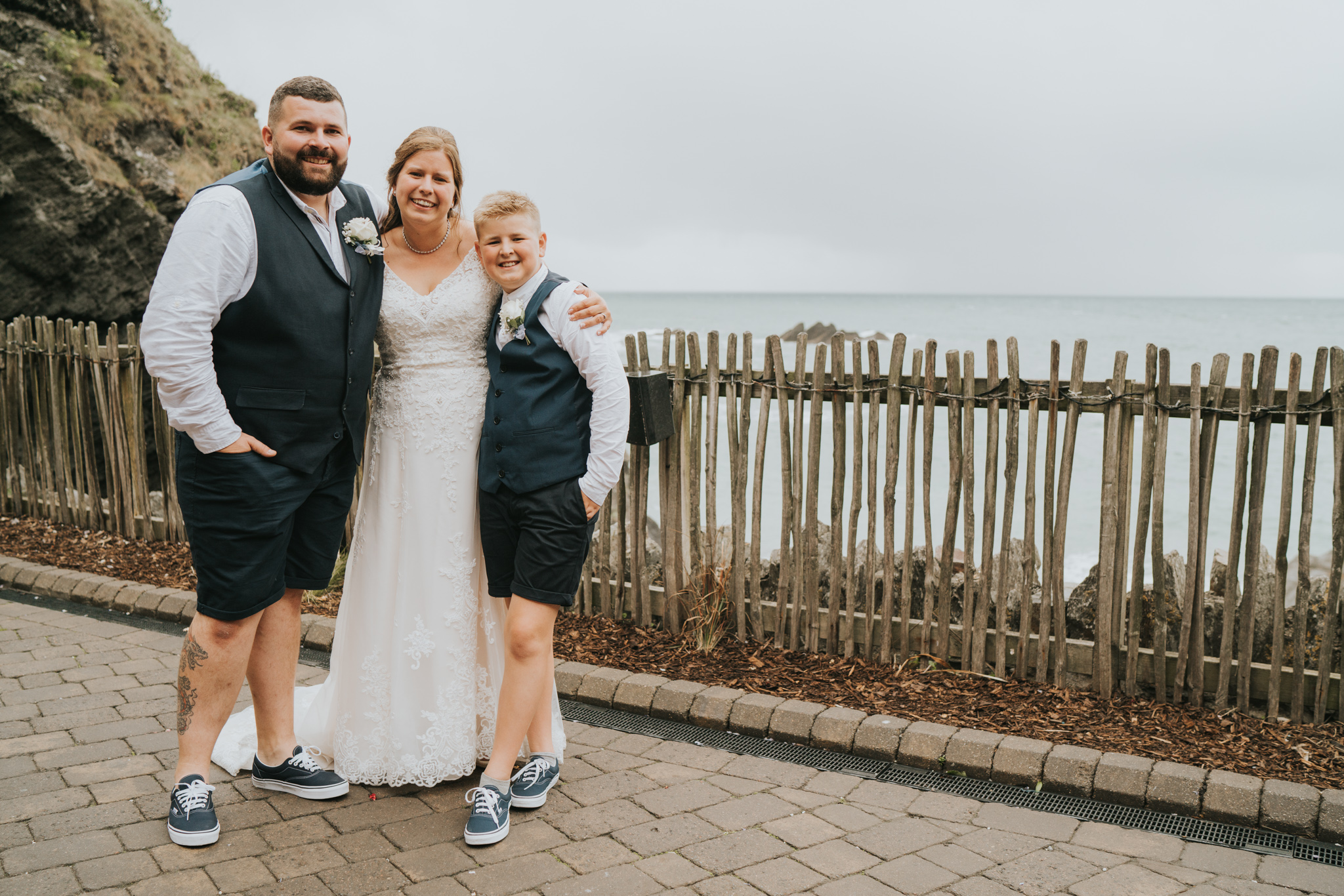 john-amy-relaxed-beach-wedding-tunnels-beaches-ilfracombe-north-devon-grace-elizabeth-colchester-essex-alternative-relaxed-wedding-photography-devon-suffolk-norfolk-essex (131 of 159).jpg