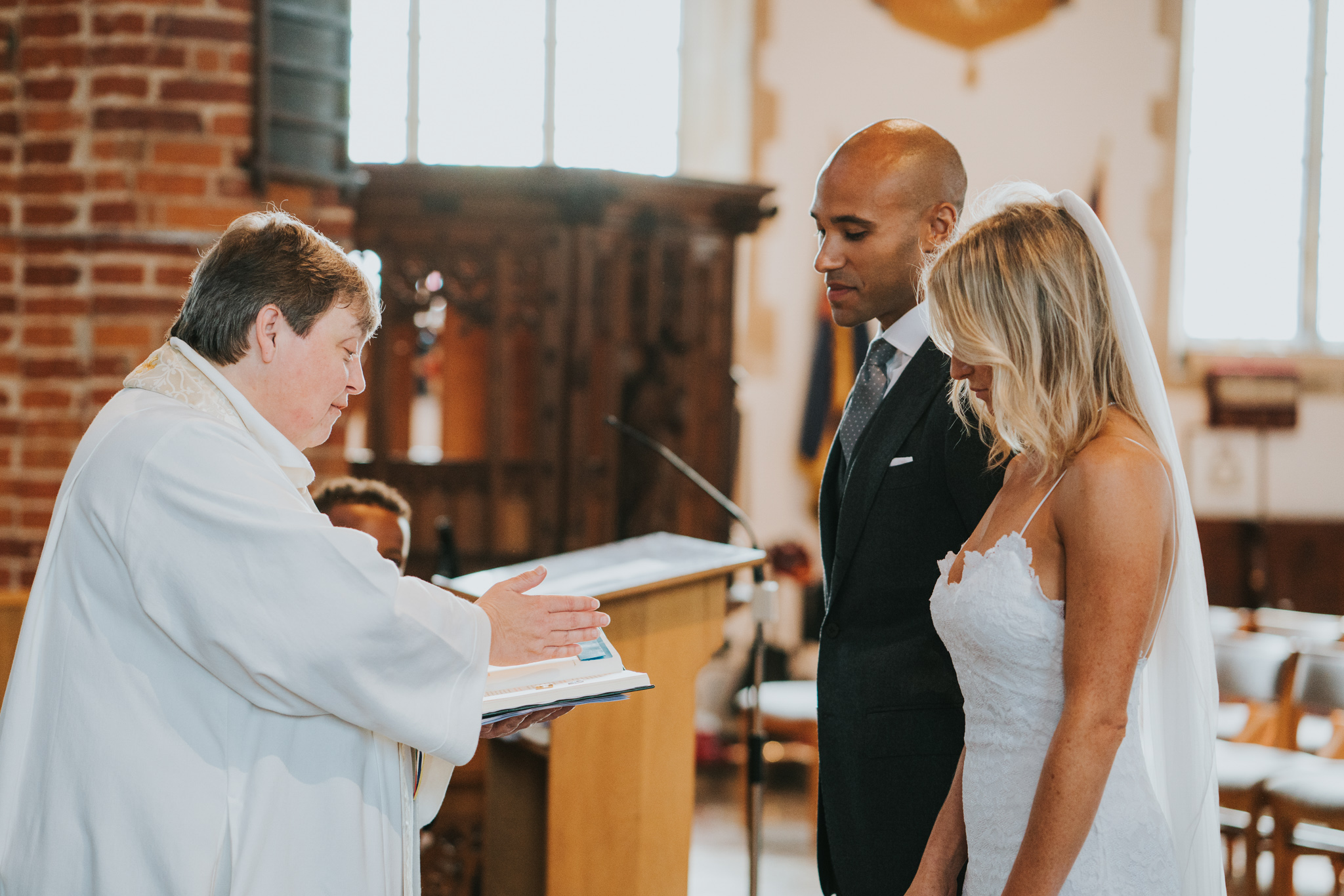 intimate-english-church-wedding-sarah-alex-colchester-essex-grace-elizabeth-colchester-essex-alternative-wedding-lifestyle-photographer-essex-suffolk-norfolk-devon (47 of 92).jpg