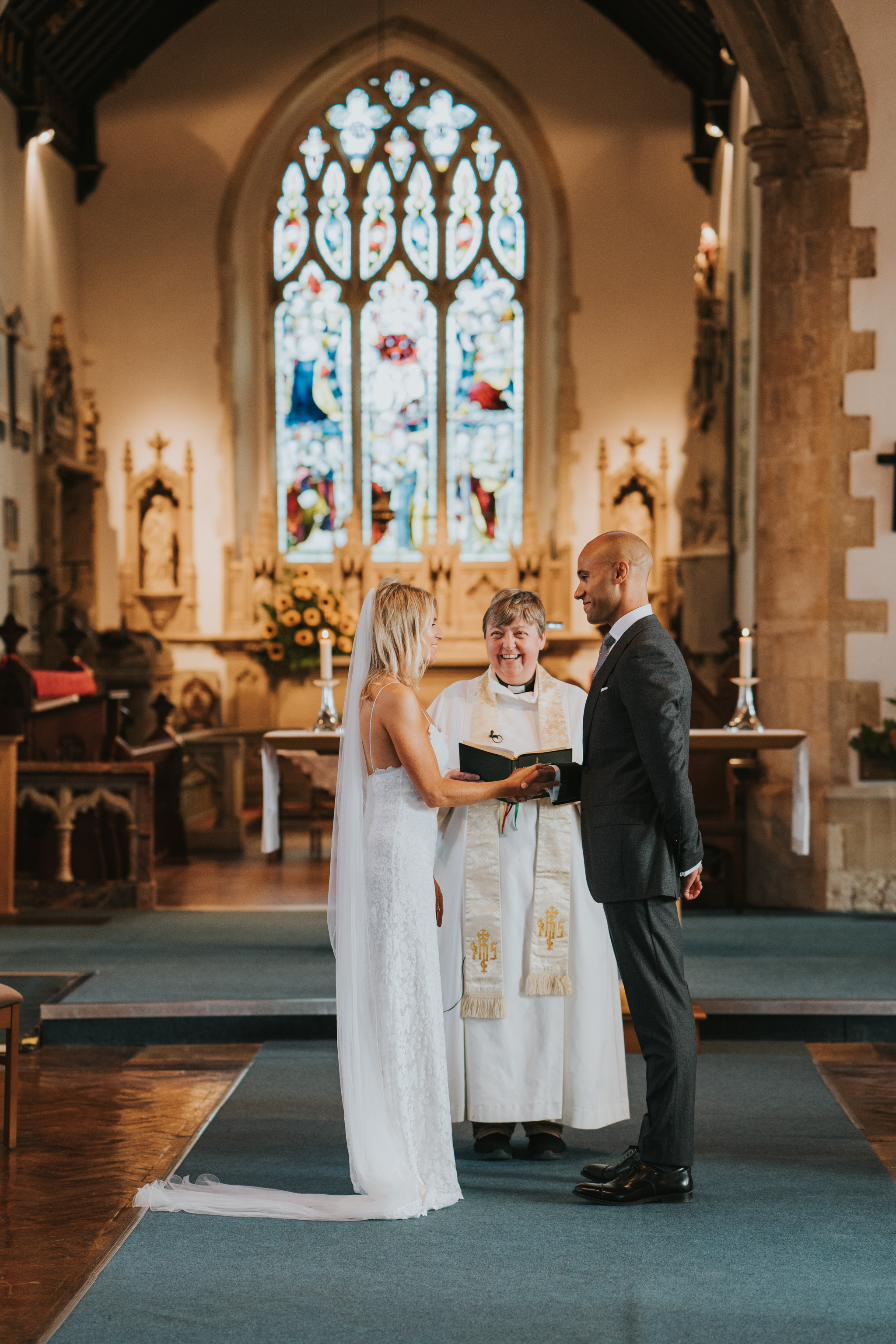 intimate-english-church-wedding-sarah-alex-colchester-essex-grace-elizabeth-colchester-essex-alternative-wedding-lifestyle-photographer-essex-suffolk-norfolk-devon (46 of 92).jpg