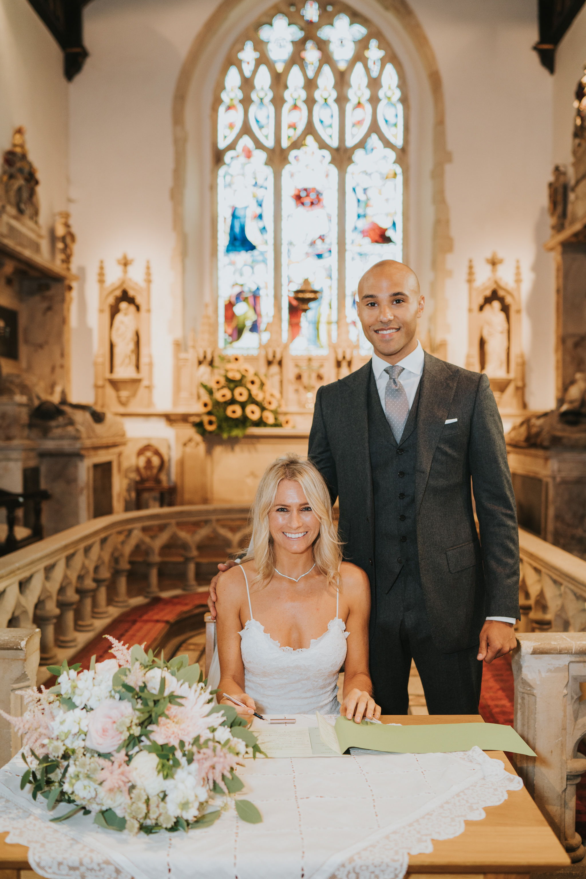 intimate-english-church-wedding-sarah-alex-colchester-essex-grace-elizabeth-colchester-essex-alternative-wedding-lifestyle-photographer-essex-suffolk-norfolk-devon (56 of 92).jpg
