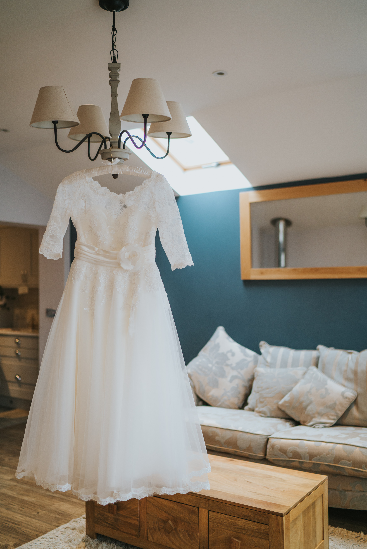 rhia-james-rustic-crabbs-barn-vintage-50s-retro-wedding-grace-elizabeth-colchester-essex-alternative-relaxed-wedding-family-photography-devon-suffolk-norfolk-essex (3 of 138).jpg