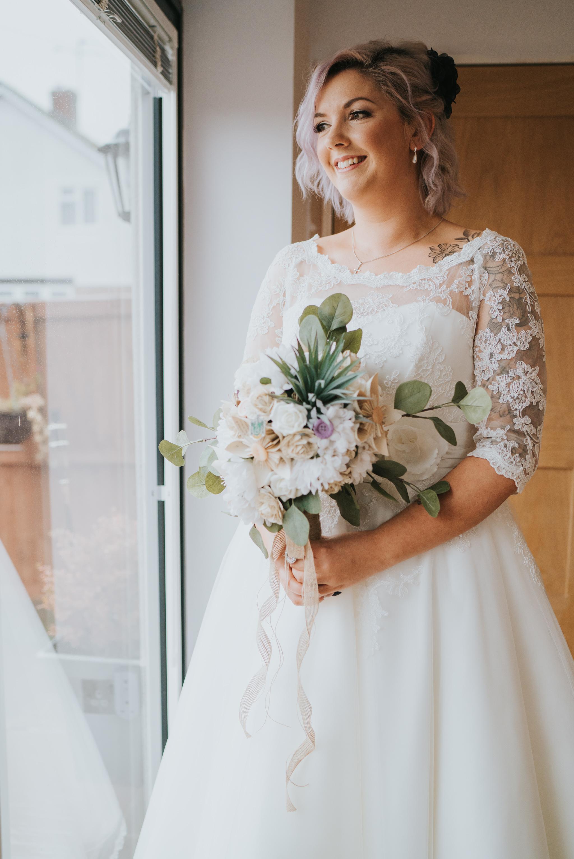 rhia-james-rustic-crabbs-barn-vintage-50s-retro-wedding-grace-elizabeth-colchester-essex-alternative-relaxed-wedding-family-photography-devon-suffolk-norfolk-essex (41 of 138).jpg