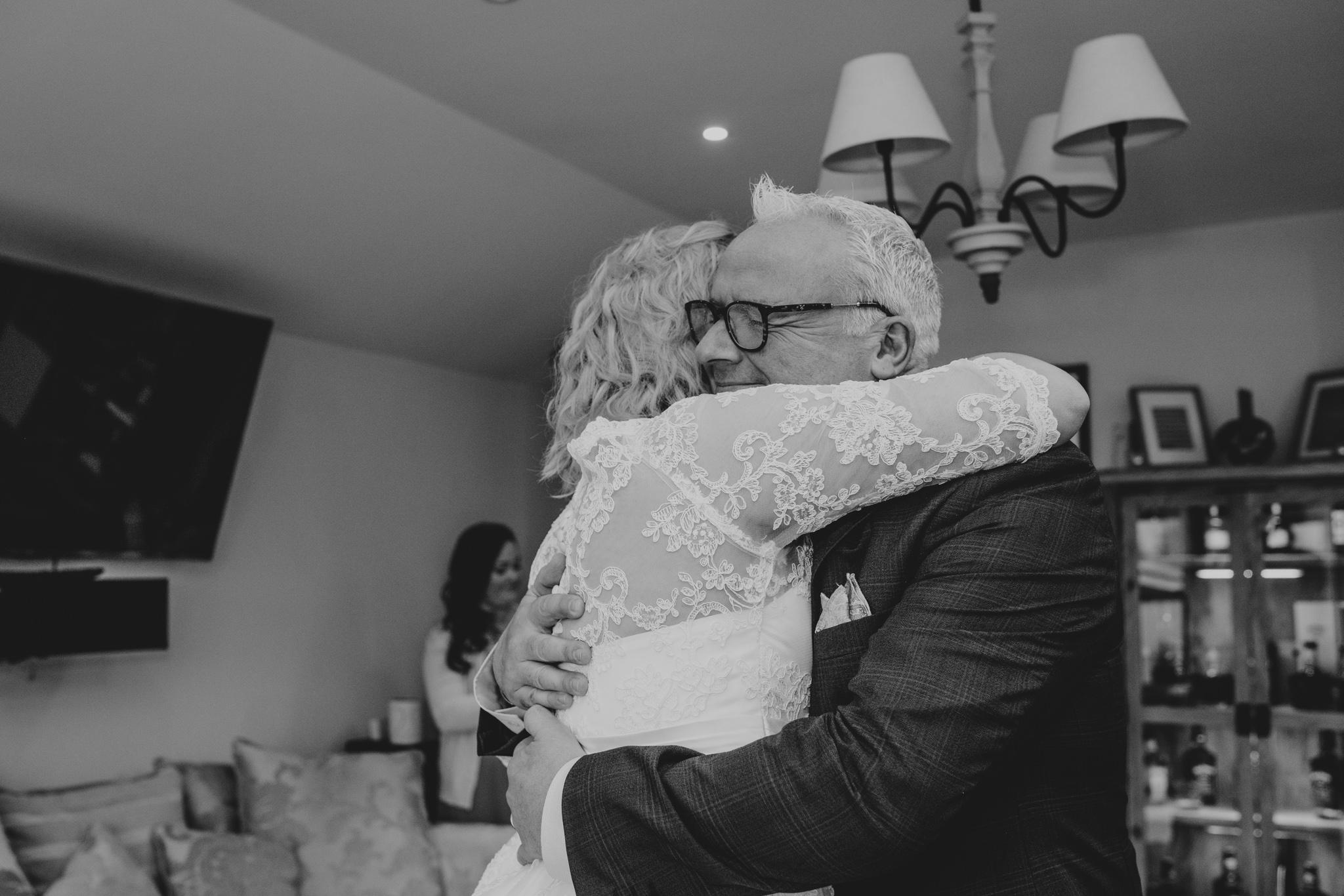 rhia-james-rustic-crabbs-barn-vintage-50s-retro-wedding-grace-elizabeth-colchester-essex-alternative-relaxed-wedding-family-photography-devon-suffolk-norfolk-essex (47 of 138).jpg