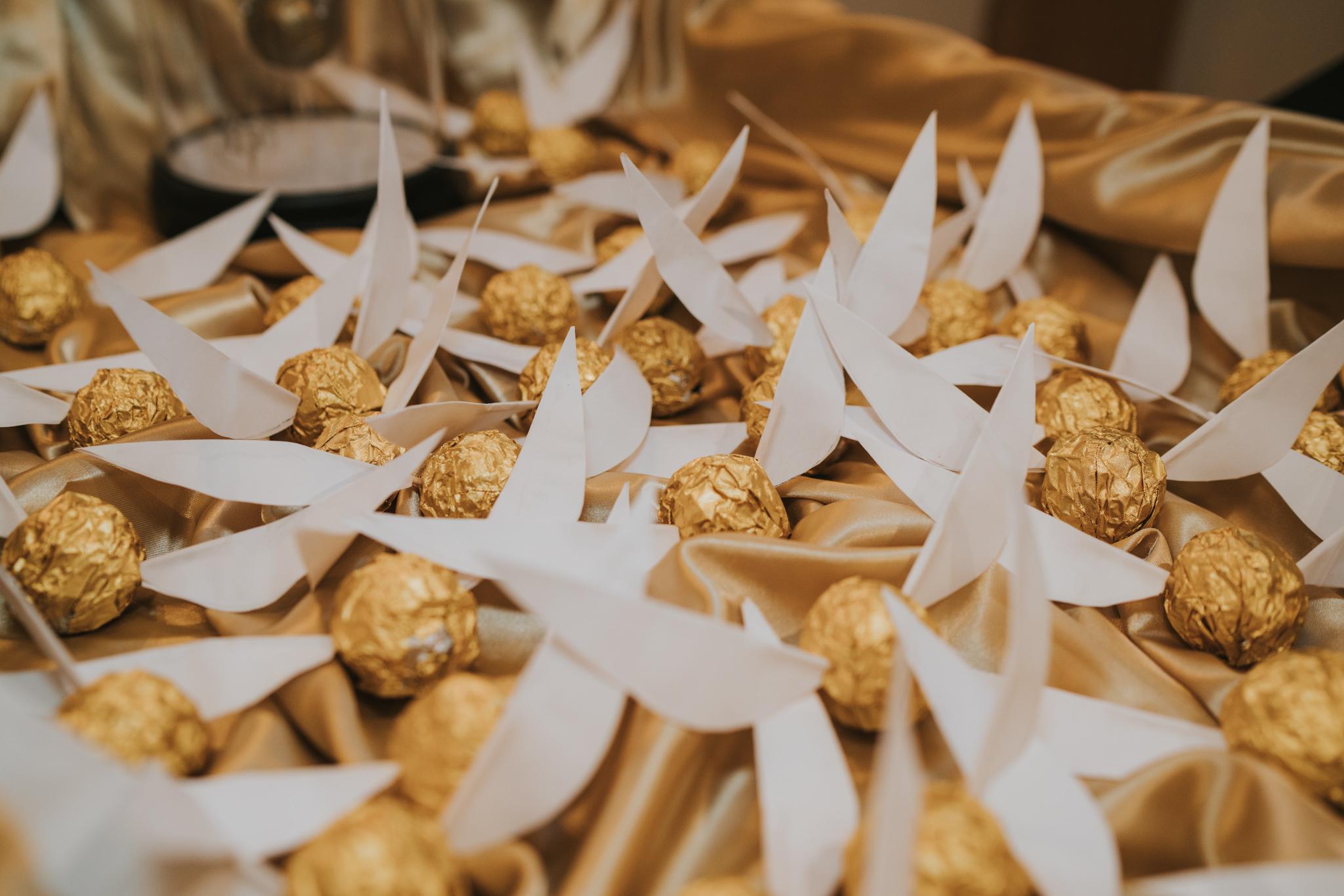 rhia-james-rustic-crabbs-barn-vintage-50s-retro-wedding-grace-elizabeth-colchester-essex-alternative-relaxed-wedding-family-photography-devon-suffolk-norfolk-essex (53 of 138).jpg