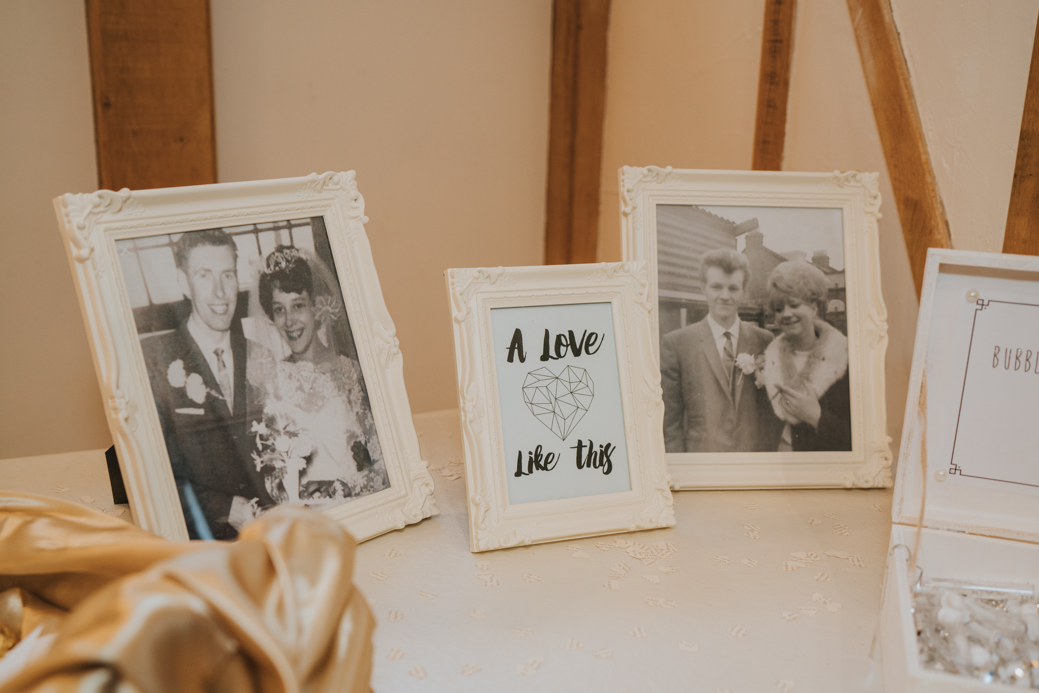 rhia-james-rustic-crabbs-barn-vintage-50s-retro-wedding-grace-elizabeth-colchester-essex-alternative-relaxed-wedding-family-photography-devon-suffolk-norfolk-essex (55 of 138).jpg
