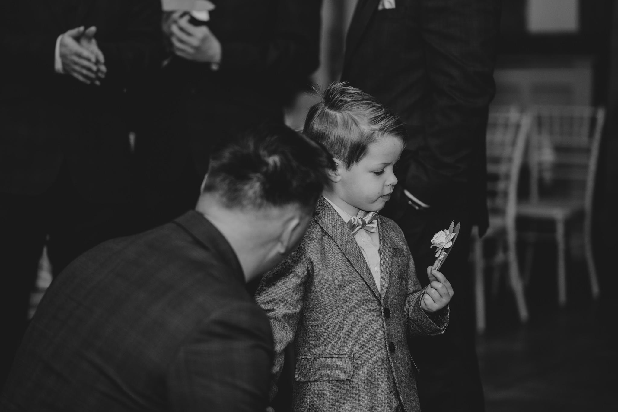 rhia-james-rustic-crabbs-barn-vintage-50s-retro-wedding-grace-elizabeth-colchester-essex-alternative-relaxed-wedding-family-photography-devon-suffolk-norfolk-essex (62 of 138).jpg