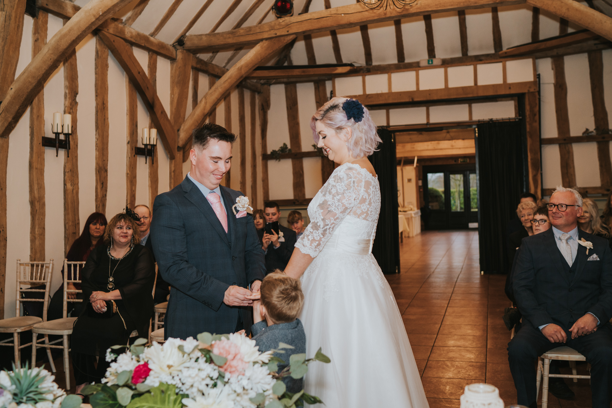 rhia-james-rustic-crabbs-barn-vintage-50s-retro-wedding-grace-elizabeth-colchester-essex-alternative-relaxed-wedding-family-photography-devon-suffolk-norfolk-essex (75 of 138).jpg