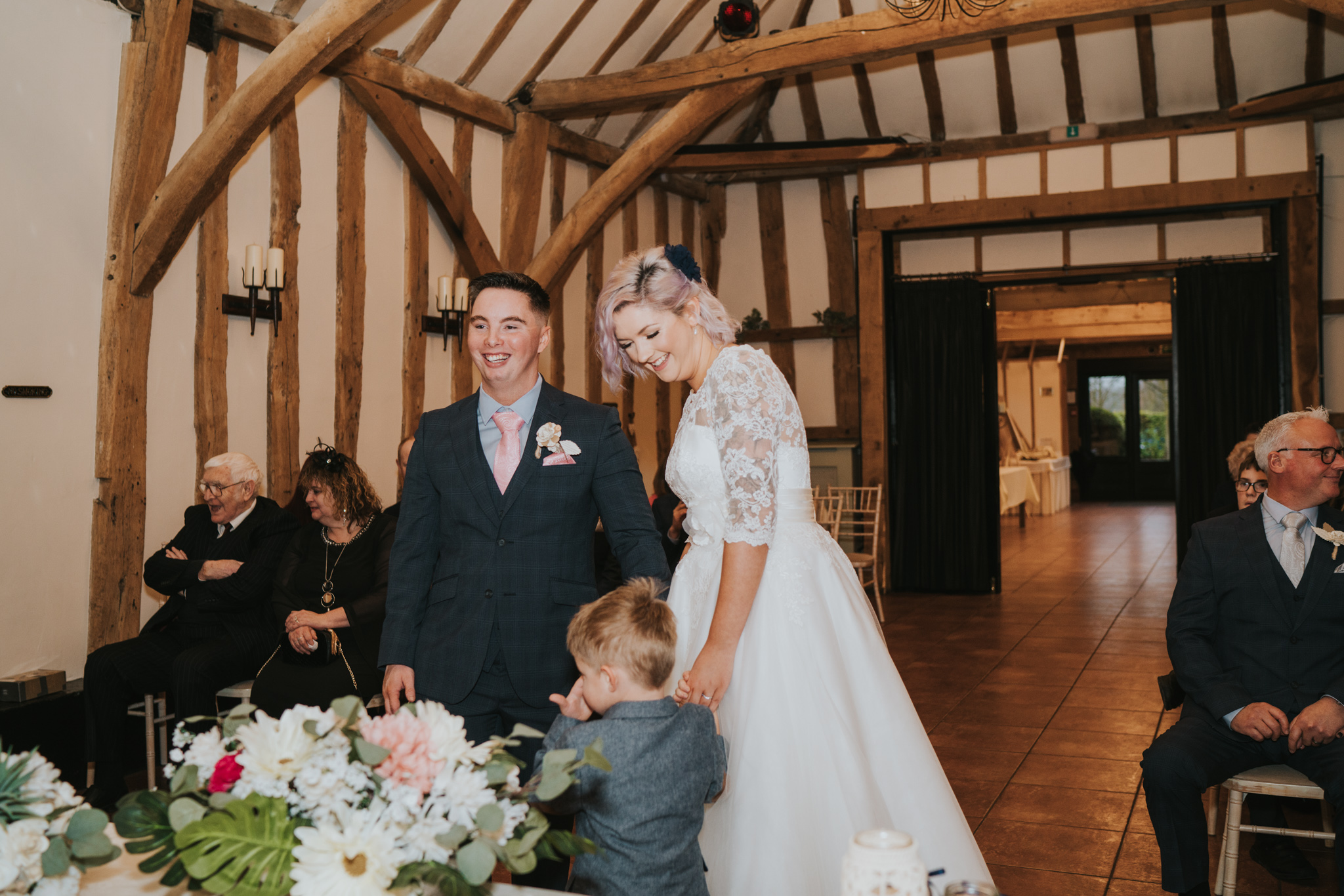 rhia-james-rustic-crabbs-barn-vintage-50s-retro-wedding-grace-elizabeth-colchester-essex-alternative-relaxed-wedding-family-photography-devon-suffolk-norfolk-essex (76 of 138).jpg