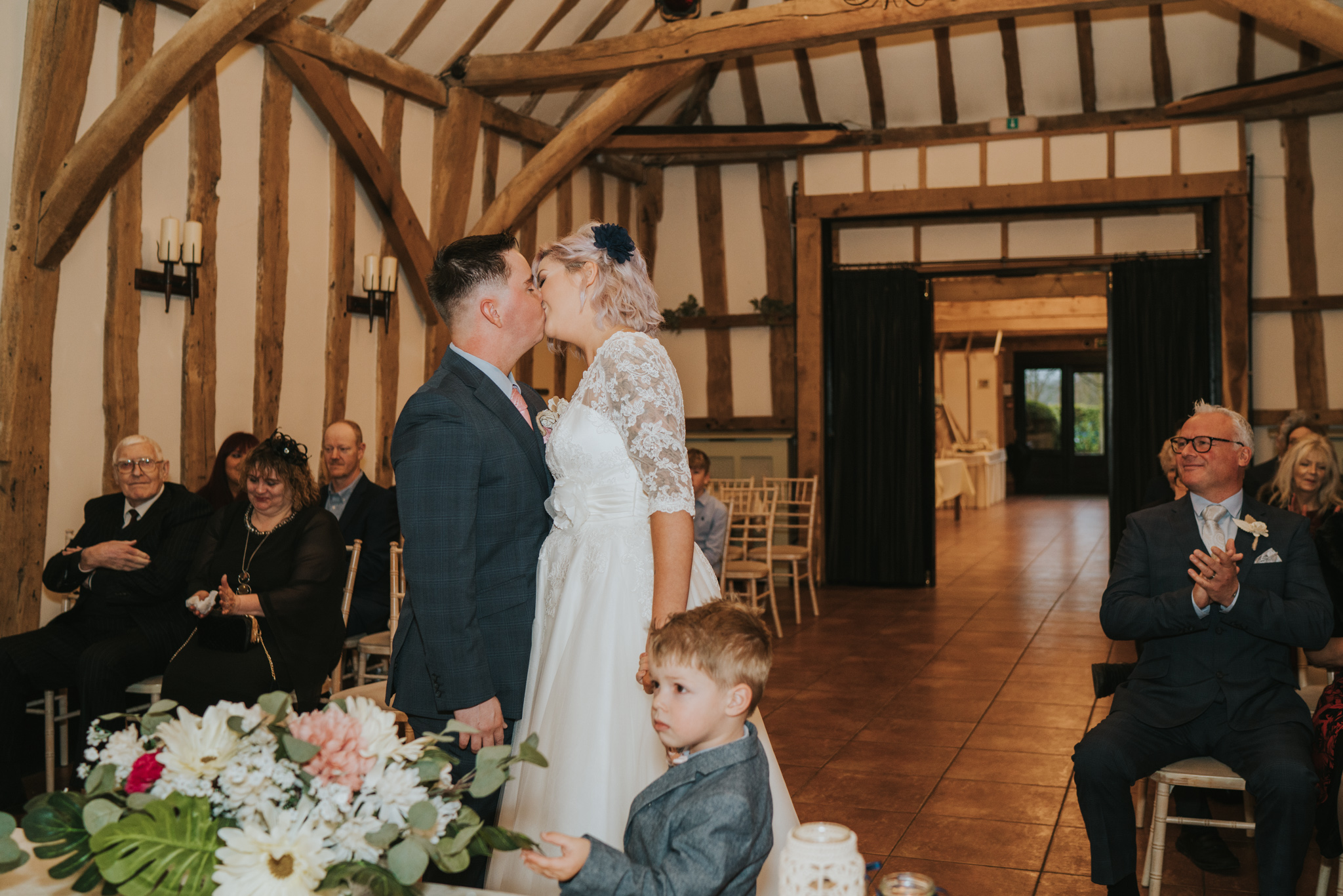 rhia-james-rustic-crabbs-barn-vintage-50s-retro-wedding-grace-elizabeth-colchester-essex-alternative-relaxed-wedding-family-photography-devon-suffolk-norfolk-essex (78 of 138).jpg