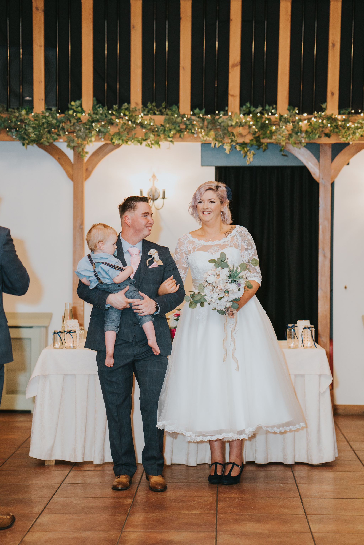 rhia-james-rustic-crabbs-barn-vintage-50s-retro-wedding-grace-elizabeth-colchester-essex-alternative-relaxed-wedding-family-photography-devon-suffolk-norfolk-essex (80 of 138).jpg