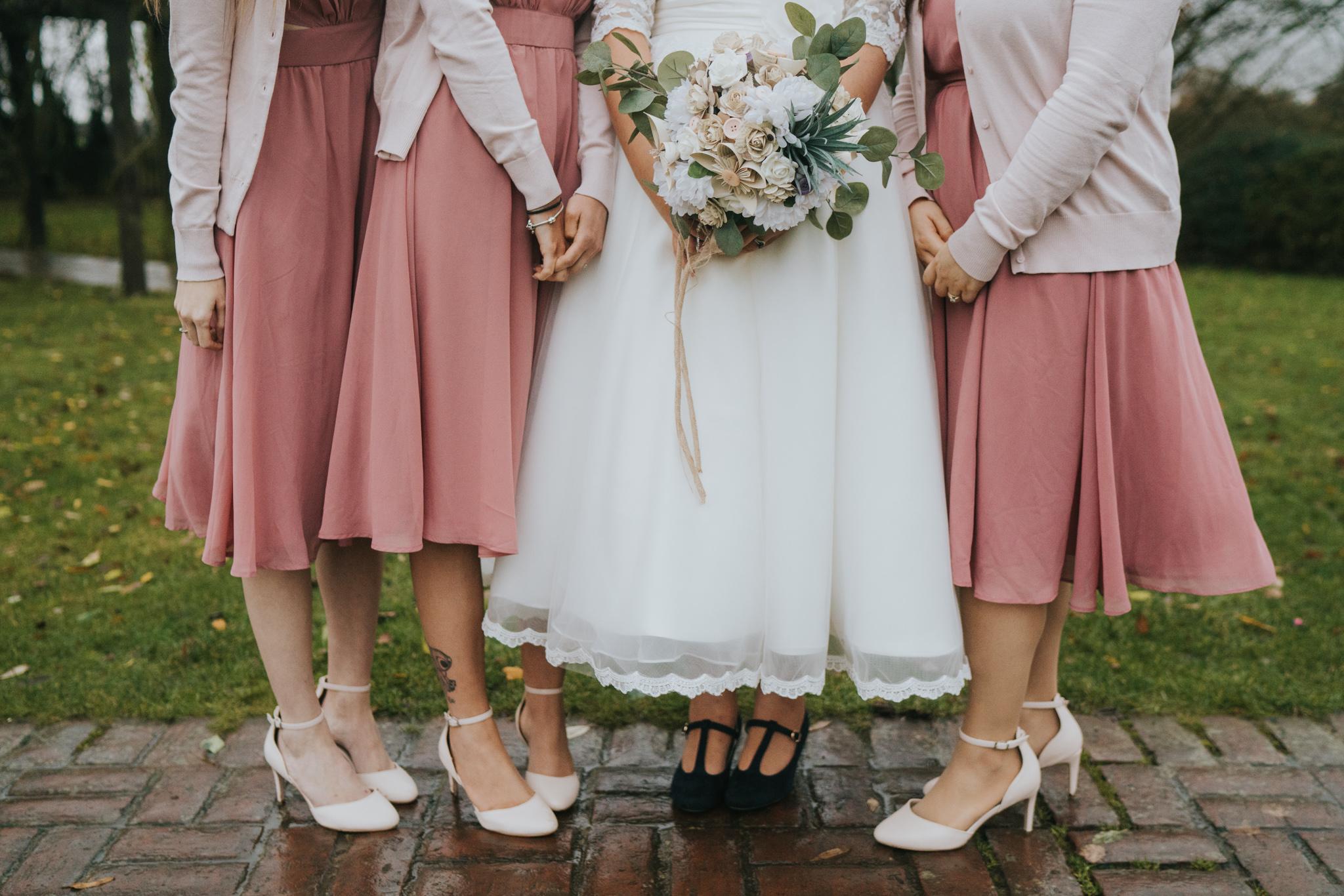 rhia-james-rustic-crabbs-barn-vintage-50s-retro-wedding-grace-elizabeth-colchester-essex-alternative-relaxed-wedding-family-photography-devon-suffolk-norfolk-essex (101 of 138).jpg