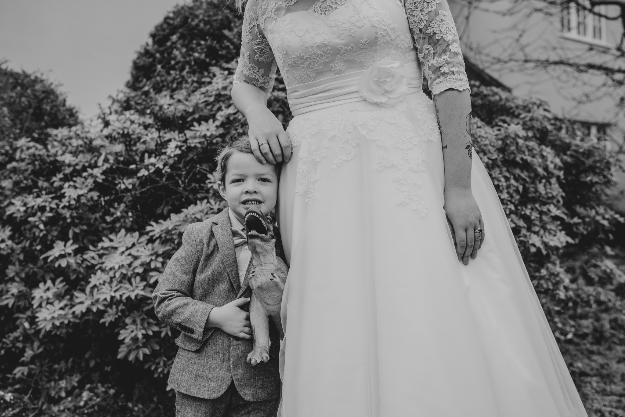 grace-elizabeth-essex-wedding-photographer-rhia-james-family-norfolk-essex-devon-suffolk (7 of 39).jpg