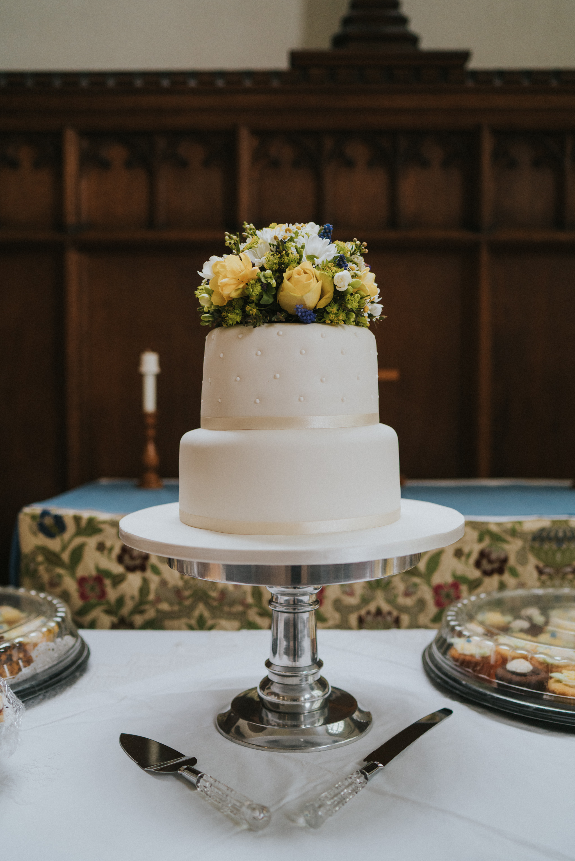 anne-charlie-maldon-all-saints-church-wedding-intimate-wedding-grace-elizabeth-colchester-essex-alternative-wedding-lifestyle-photographer-colchester-essex-suffolk-norfolk-devon (2 of 17).jpg