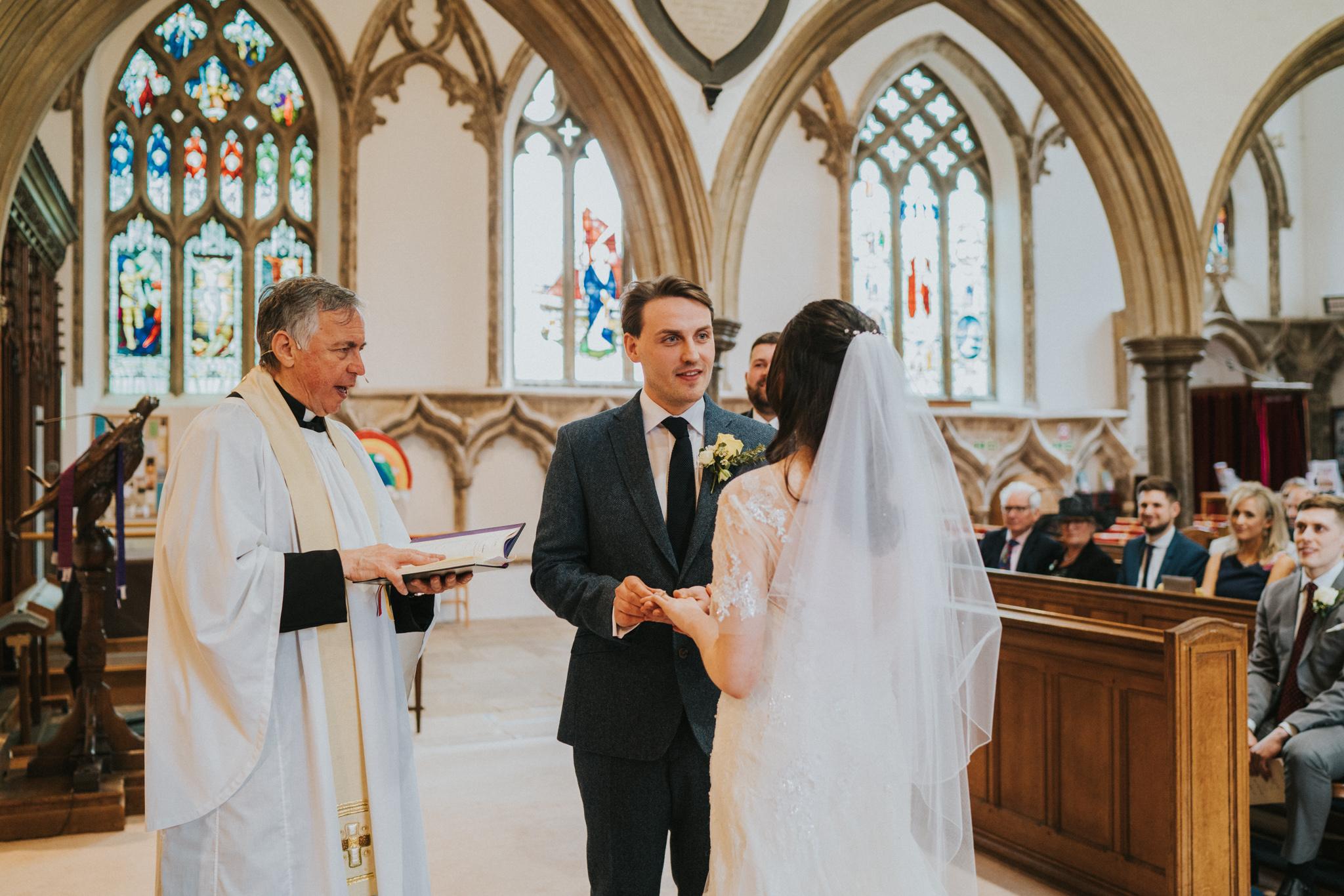 anne-charlie-maldon-all-saints-church-wedding-intimate-wedding-grace-elizabeth-colchester-essex-alternative-wedding-lifestyle-photographer-colchester-essex-suffolk-norfolk-devon (7 of 17).jpg