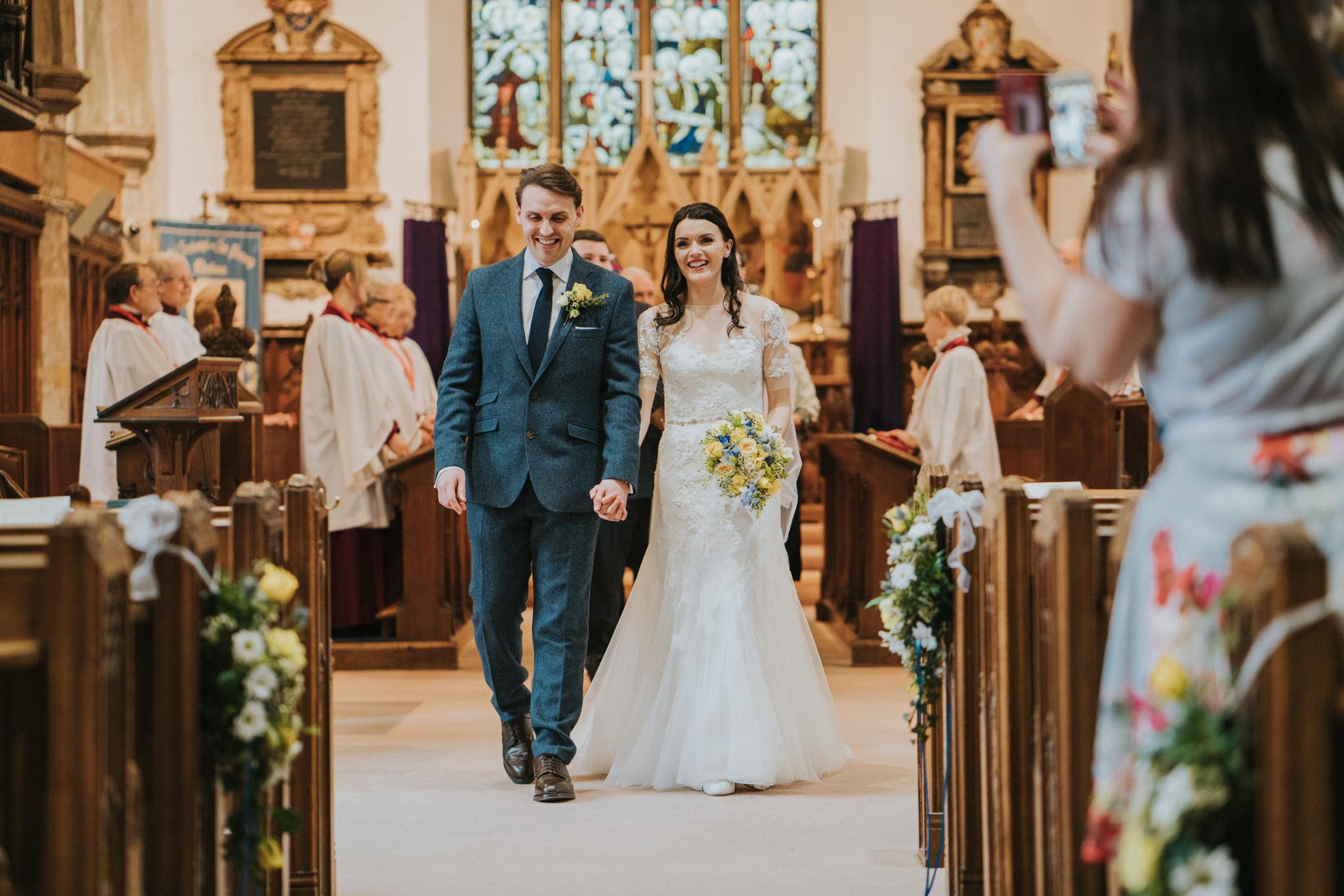 anne-charlie-maldon-all-saints-church-wedding-intimate-wedding-grace-elizabeth-colchester-essex-alternative-wedding-lifestyle-photographer-colchester-essex-suffolk-norfolk-devon (10 of 17).jpg