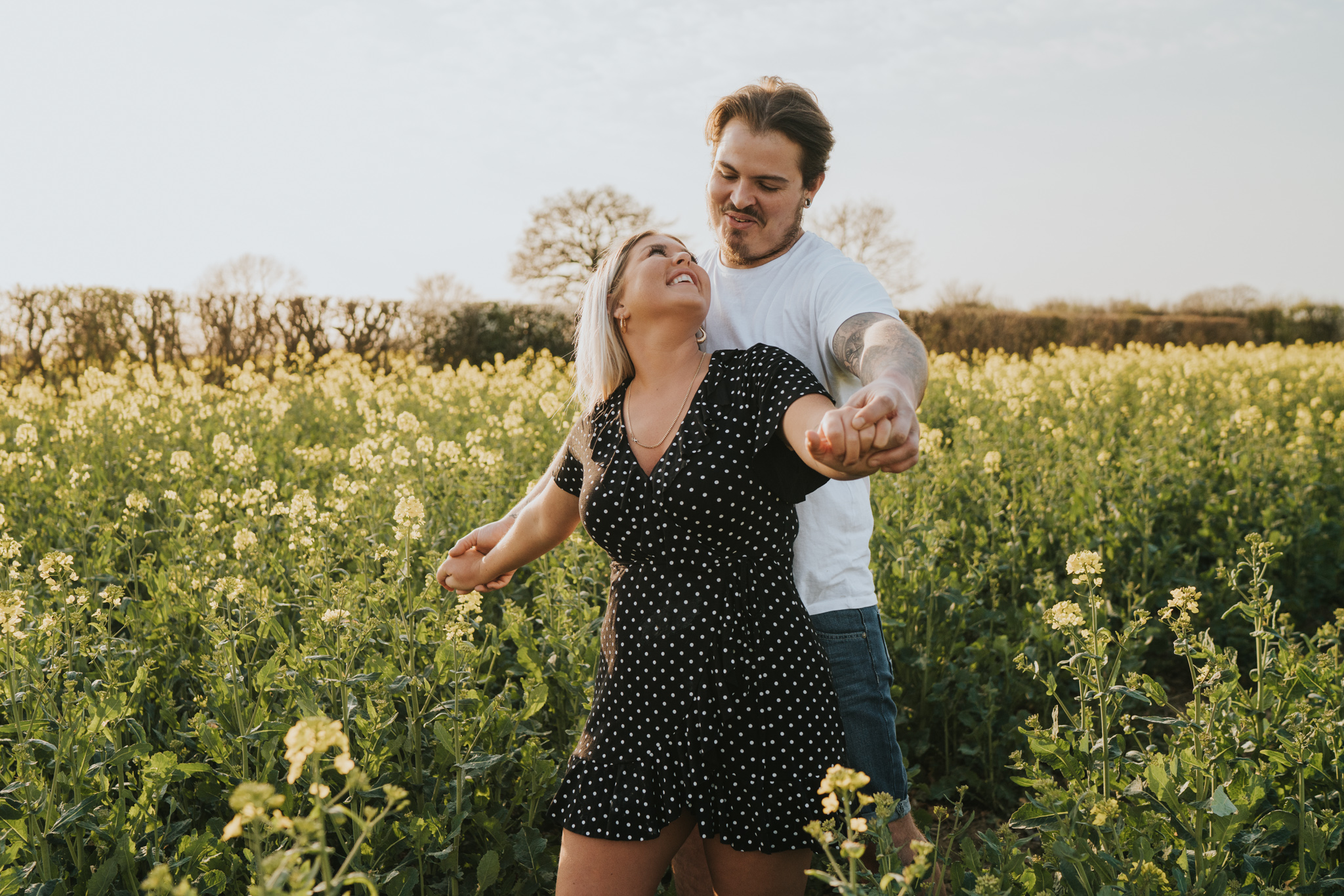 chloe-dan-pre-wedding-engagement-session-countryside-grace-elizabeth-colchester-essex-alternative-wedding-lifestyle-photographer-suffolk-norfolk-devon (11 of 50).jpg