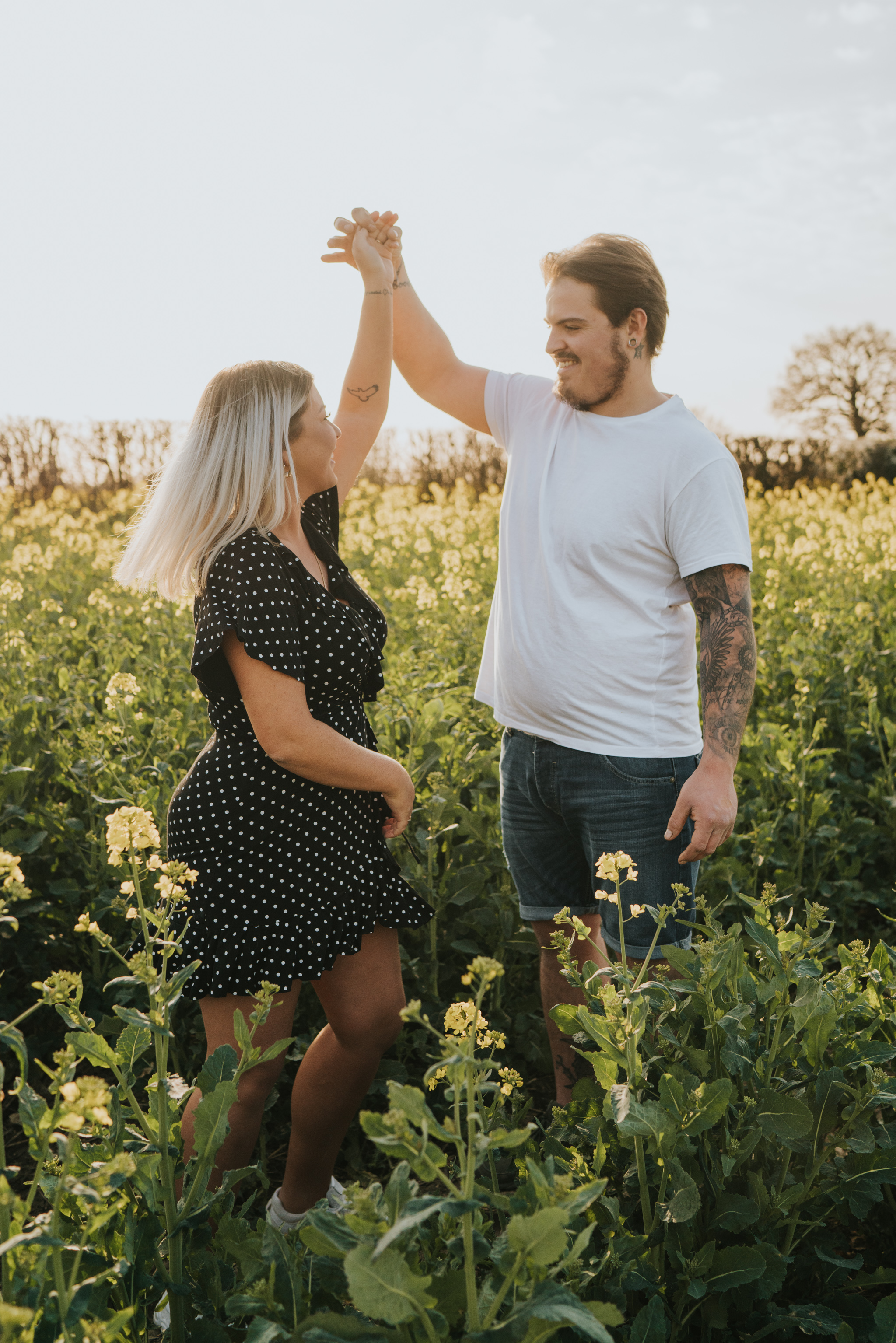 chloe-dan-pre-wedding-engagement-session-countryside-grace-elizabeth-colchester-essex-alternative-wedding-lifestyle-photographer-suffolk-norfolk-devon (13 of 50).jpg