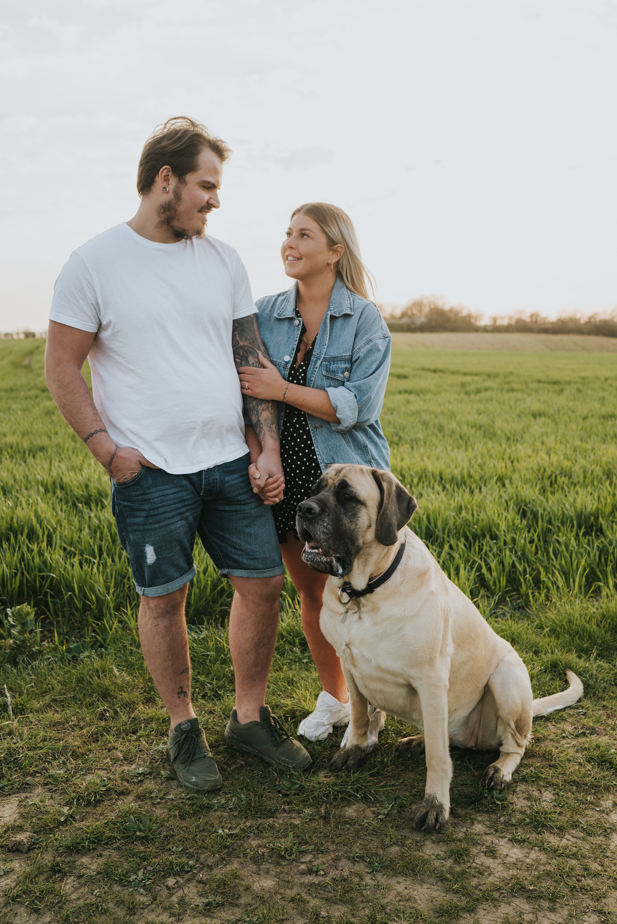 chloe-dan-pre-wedding-engagement-session-countryside-grace-elizabeth-colchester-essex-alternative-wedding-lifestyle-photographer-suffolk-norfolk-devon (39 of 50).jpg