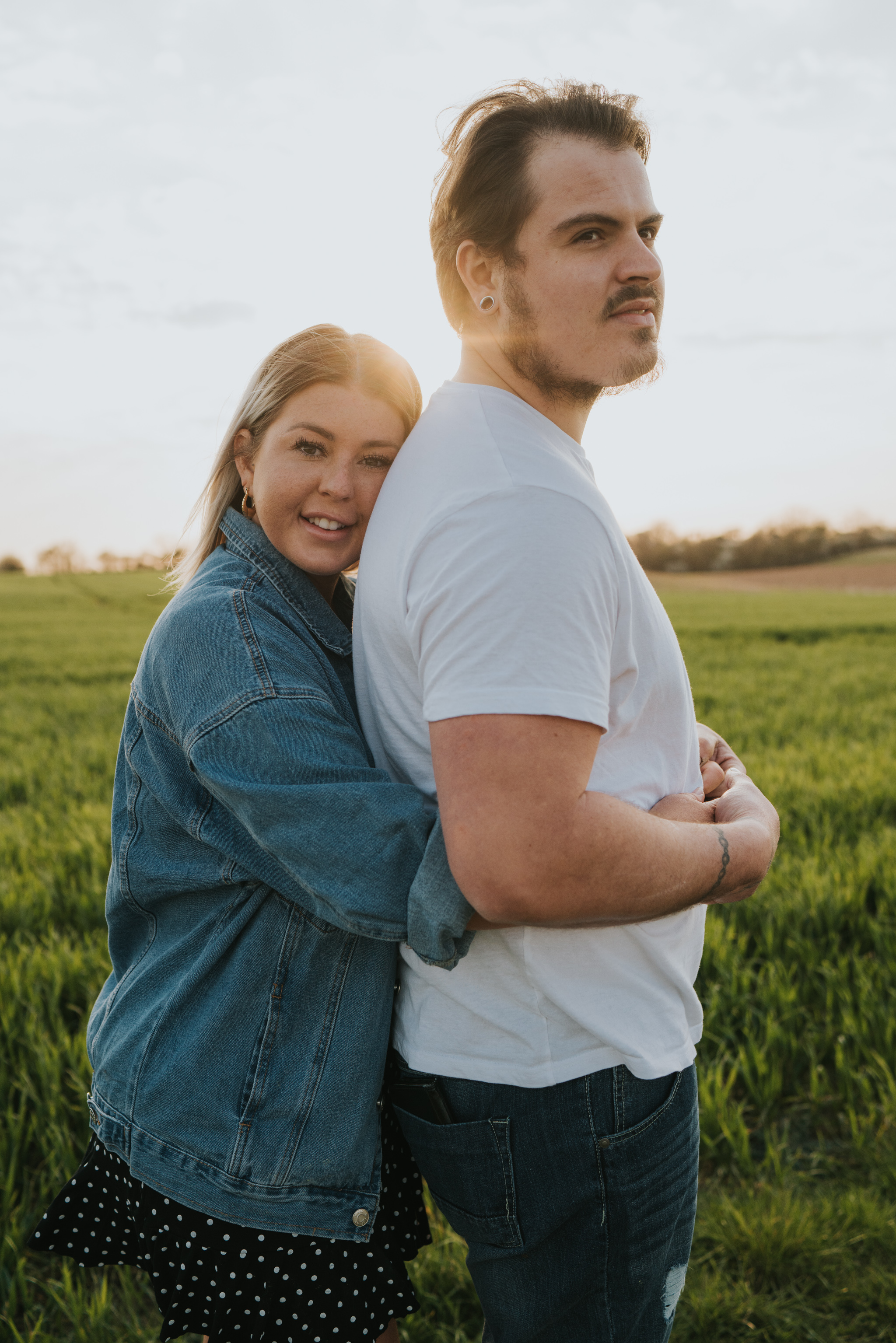 chloe-dan-pre-wedding-engagement-session-countryside-grace-elizabeth-colchester-essex-alternative-wedding-lifestyle-photographer-suffolk-norfolk-devon (40 of 50).jpg
