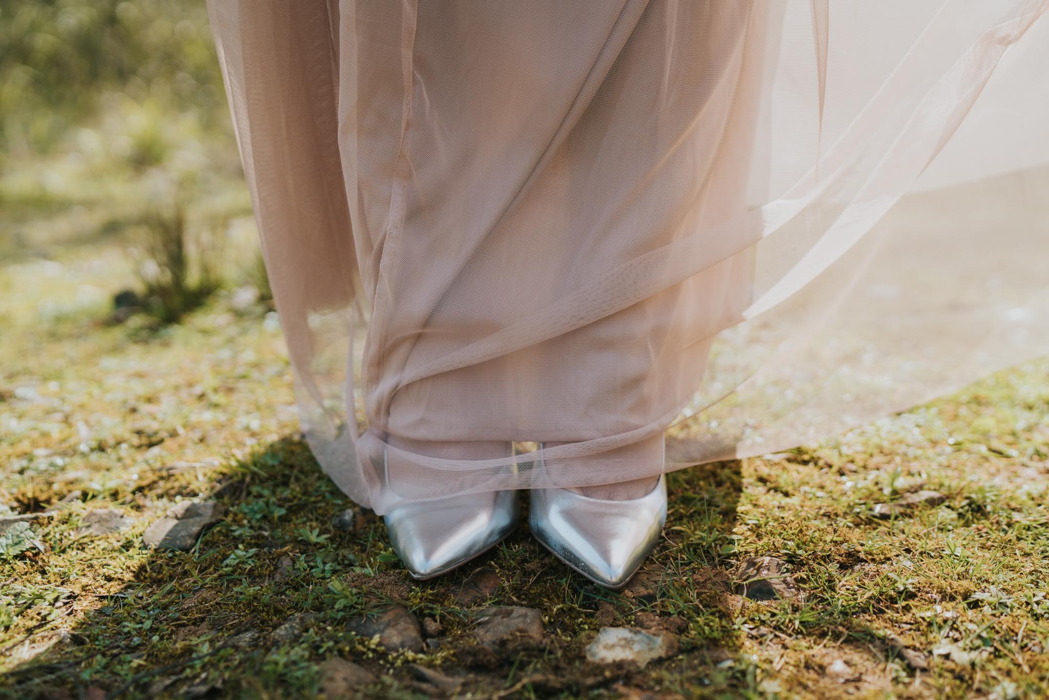 yuliya-yafith-colchester-essex-woodland-elopement-alternative-wedding-photographer-grace-elizabeth-essex-suffolk-norfolk-devon (20 of 40).jpg