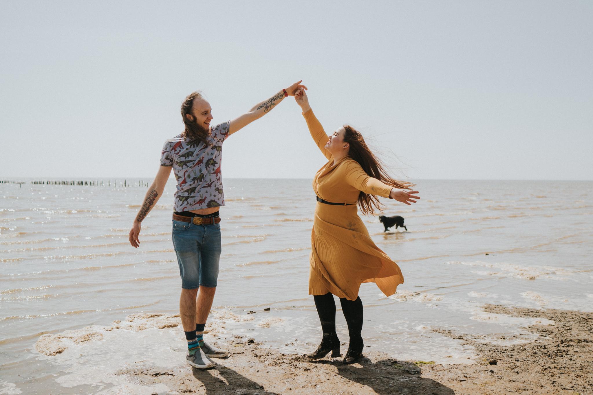 hayley-sam-cudmore-grove-pre-wedding-engagement-session-grace-elizabeth-colchester-essex-alternative-wedding-lifestyle-photographer-essex-suffolk-norfolk-devon (47 of 56).jpg
