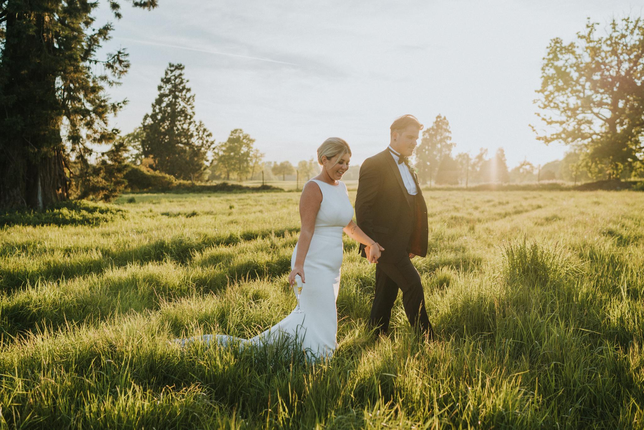 chloe-dan-gosfield-hall-wedding-photographer-grace-elizabeth-colchester-essex-alternative-wedding-photographer-suffolk-norfolk-devon (39 of 41).jpg