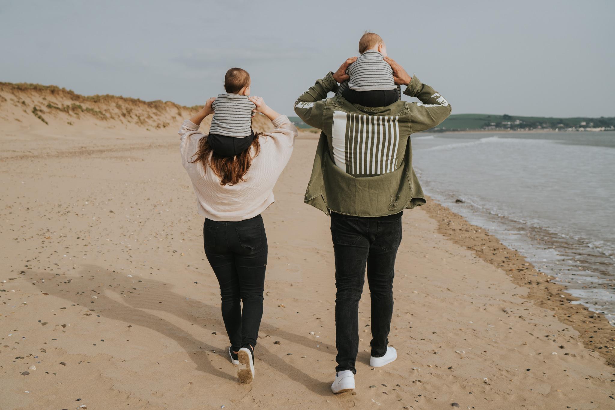 twin-family-session-crow-point-beach-grace-elizabeth-colchester-essex-alternative-wedding-lifestyle-photographer-essex-suffolk-norfolk-devon (40 of 58).jpg