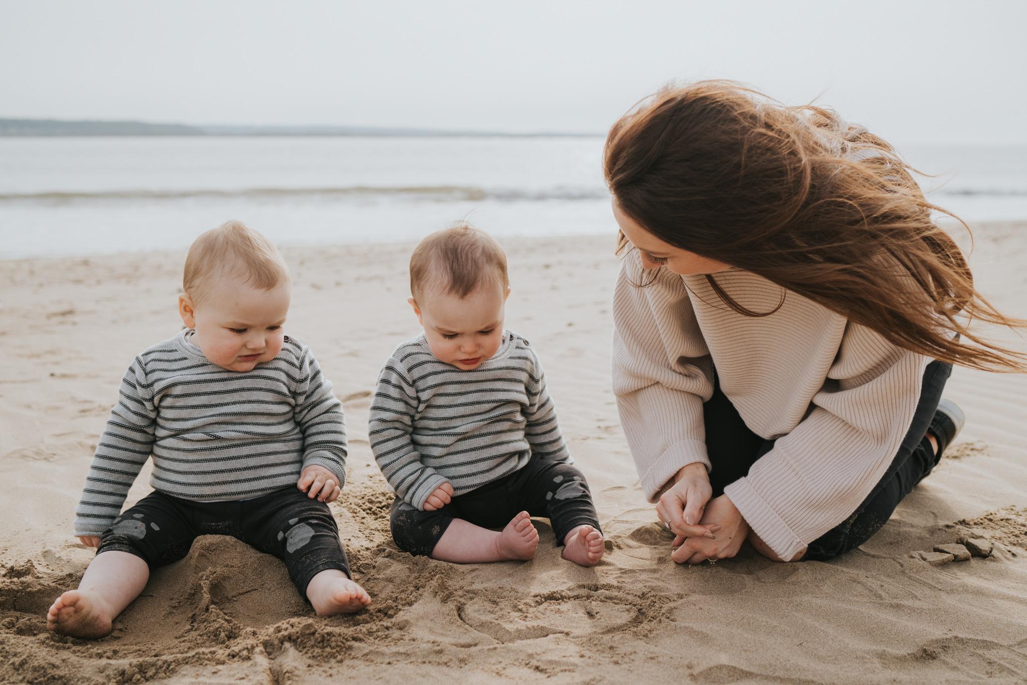 twin-family-session-crow-point-beach-grace-elizabeth-colchester-essex-alternative-wedding-lifestyle-photographer-essex-suffolk-norfolk-devon (48 of 58).jpg