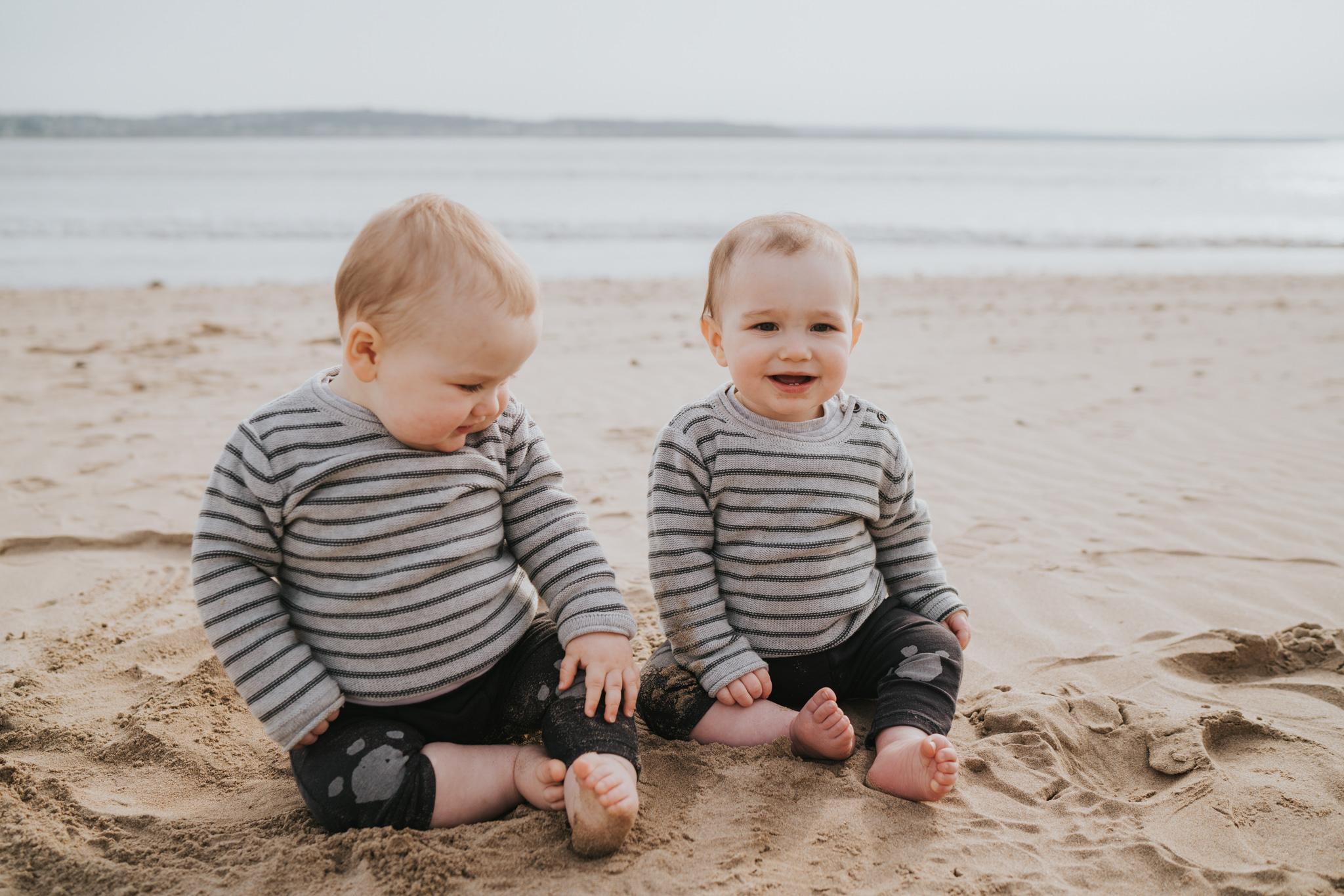 twin-family-session-crow-point-beach-grace-elizabeth-colchester-essex-alternative-wedding-lifestyle-photographer-essex-suffolk-norfolk-devon (50 of 58).jpg