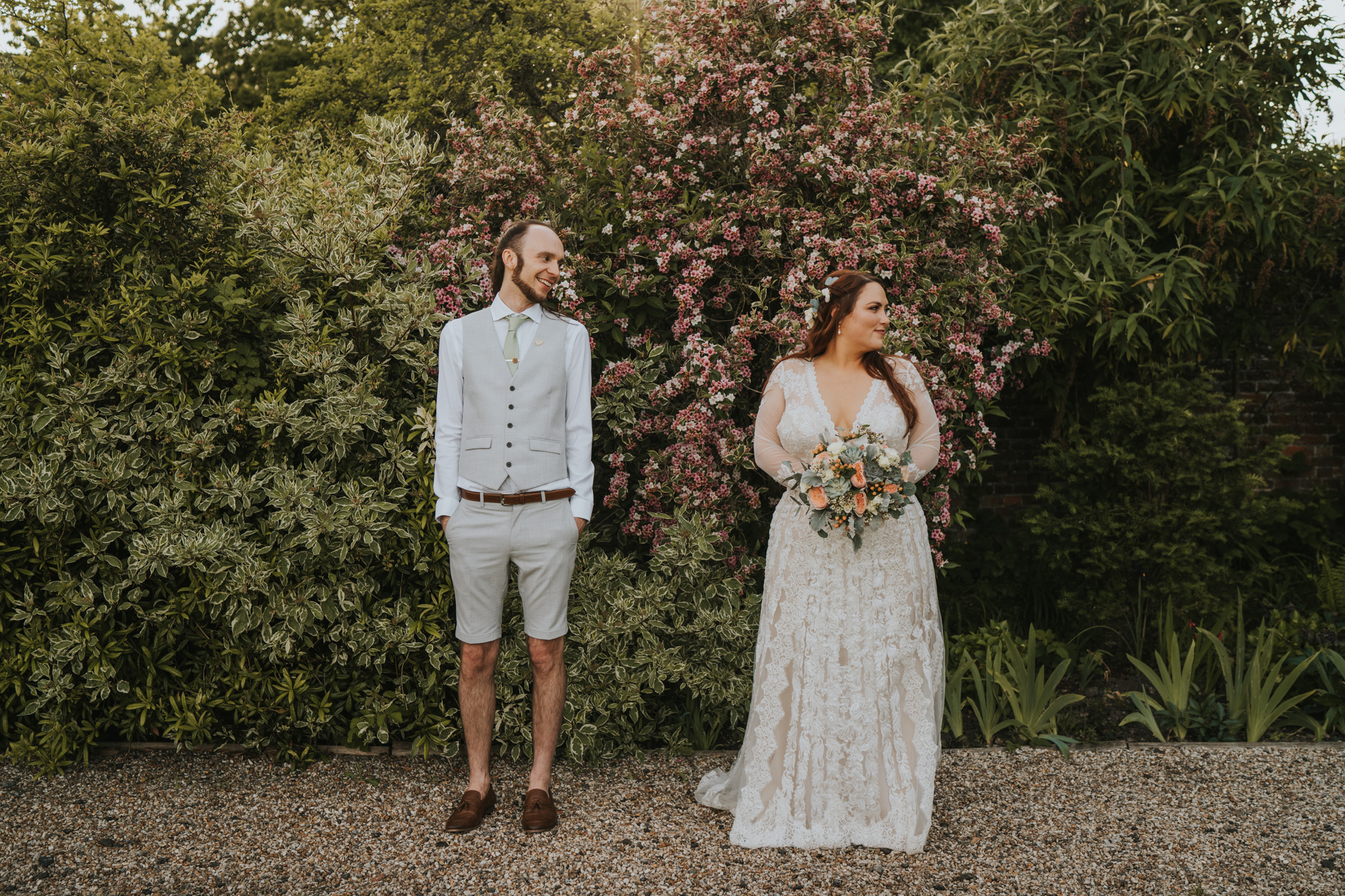 hayley-sam-secret-garden-kent-boho-wedding-grace-elizabeth-colchester-essex-alternative-wedding-photographer-essex-suffolk-norfolk-devon (32 of 36).jpg