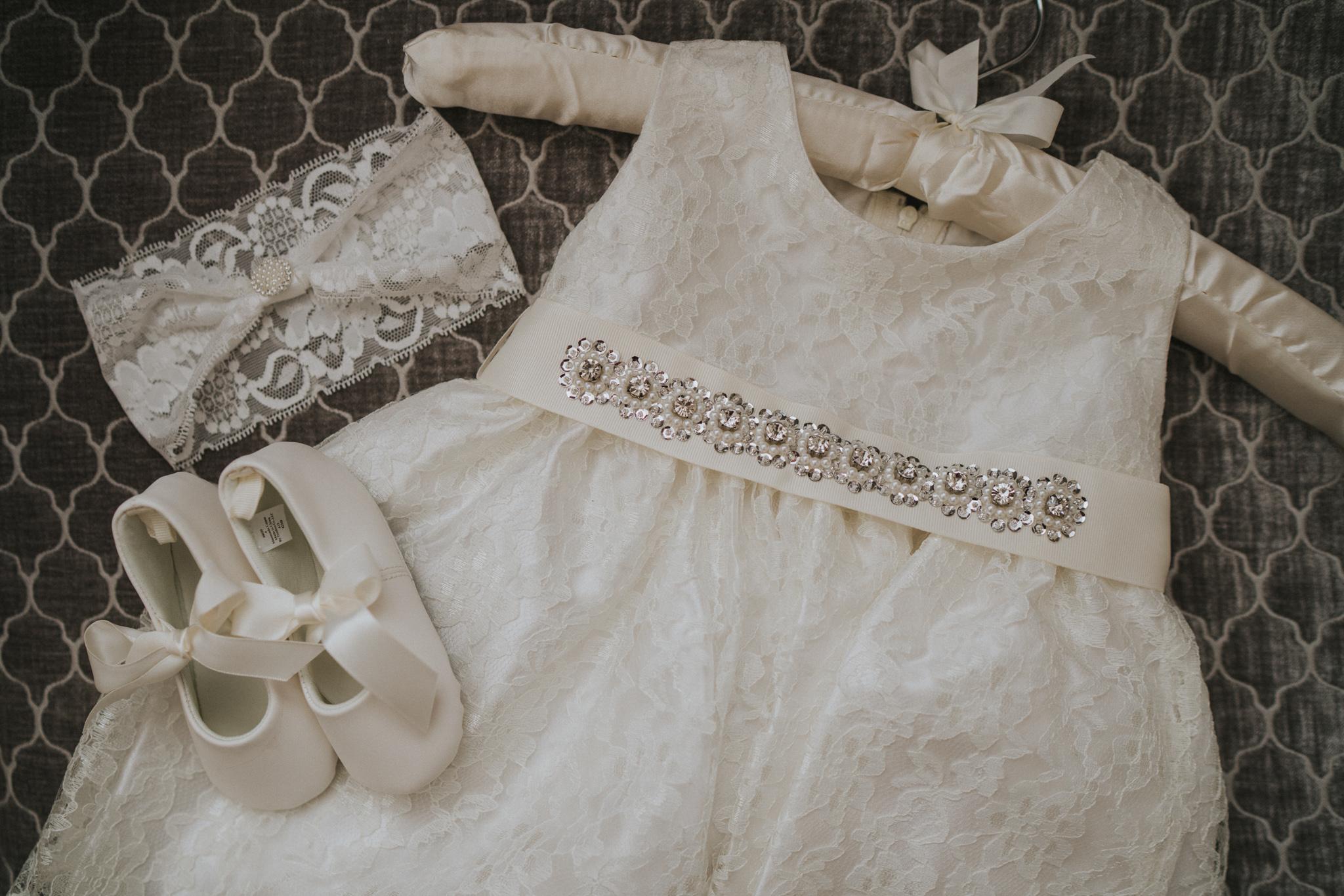 tess-adam-colchester-intimate-elopement-grace-elizabeth-colchester-essex-alternative-wedding-lifestyle-photographer-essex-suffolk-norfolk-devon (5 of 20).jpg