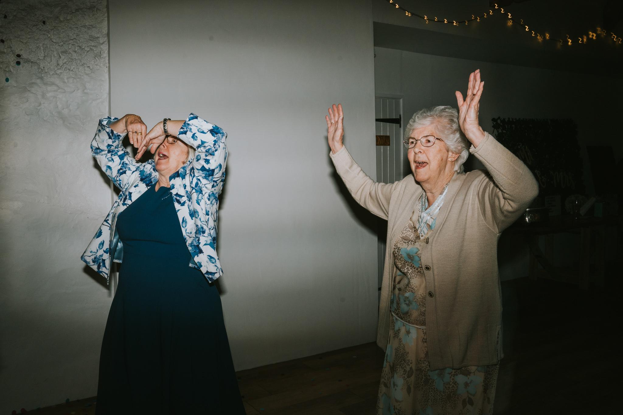grace-sam-old-barn-clovelly-devon-wedding-photographer-grace-elizabeth-essex-suffolk-norfolk-wedding-photographer (131 of 132).jpg