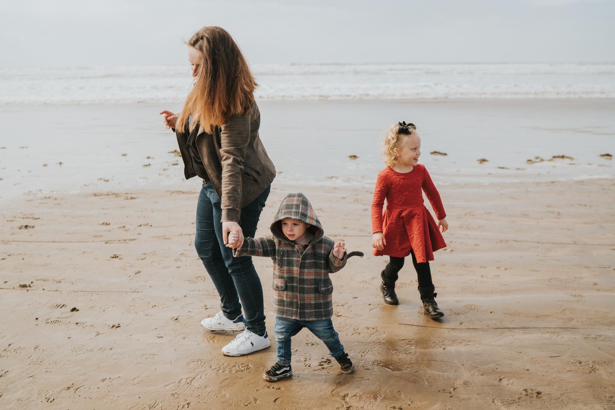 beach-family-session-westward-ho-north-devon-grace-elizabeth-devon-family-wedding-photographer-essex-devon-norfolk (15 of 43).jpg
