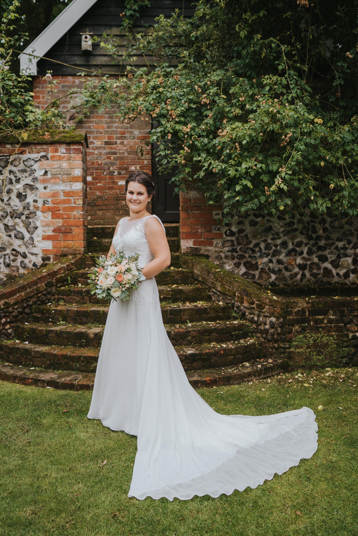 emily-dominic-barrandov-opera-house-grace-elizabeth-colchester-essex-alternative-wedding-lifestyle-photographer-essex-suffolk-norfolk-devon (26 of 54).jpg
