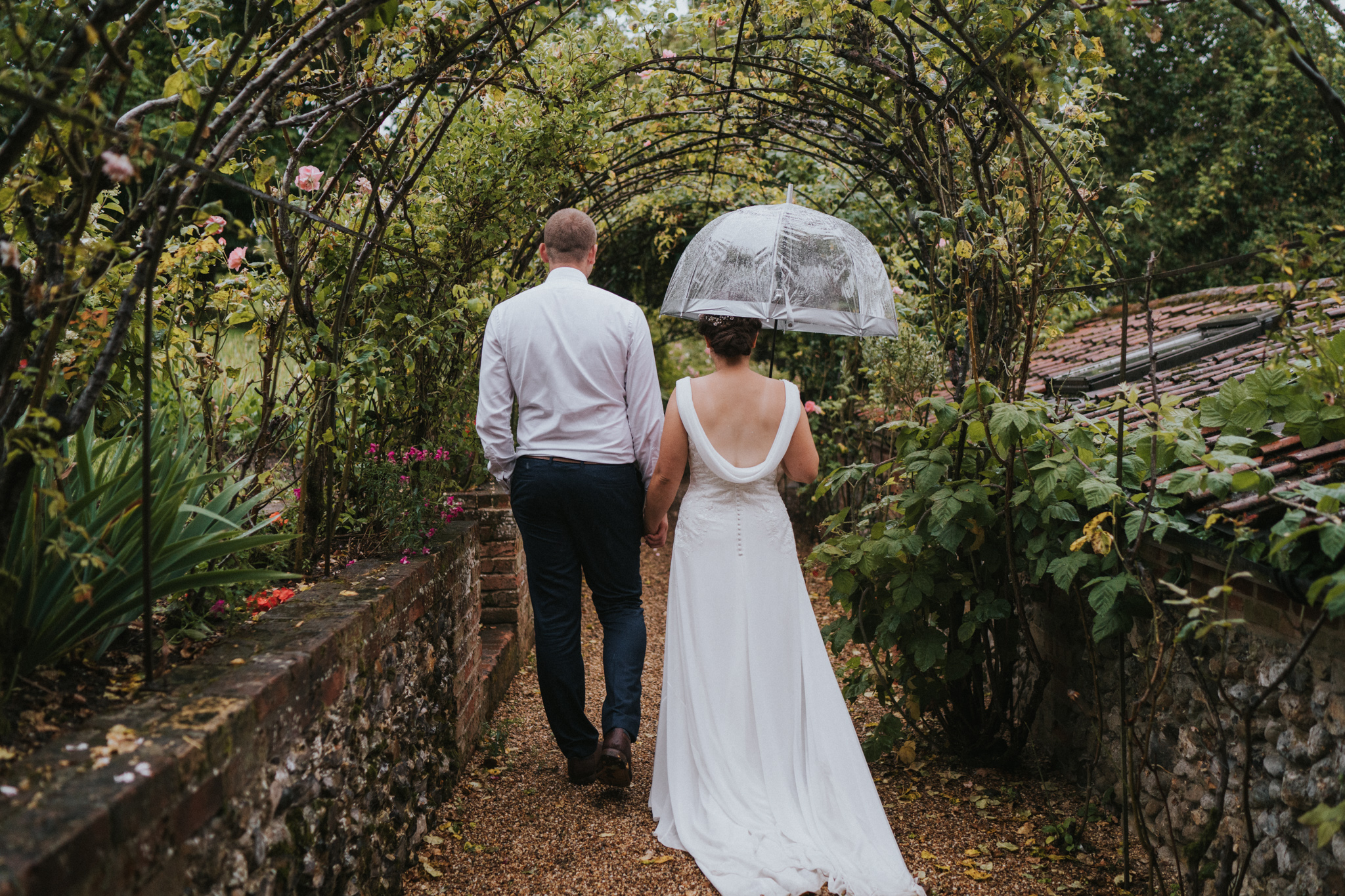 emily-dominic-barrandov-opera-house-grace-elizabeth-colchester-essex-alternative-wedding-lifestyle-photographer-essex-suffolk-norfolk-devon (50 of 54).jpg