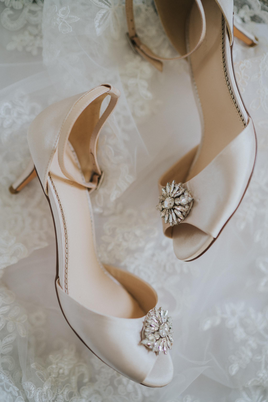 lizzie-faz-fennes-asian-fusion-wedding-grace-elizabeth-colchester-essex-alternative-wedding-lifestyle-photographer-essex-suffolk-norfolk-devon (3 of 55).jpg