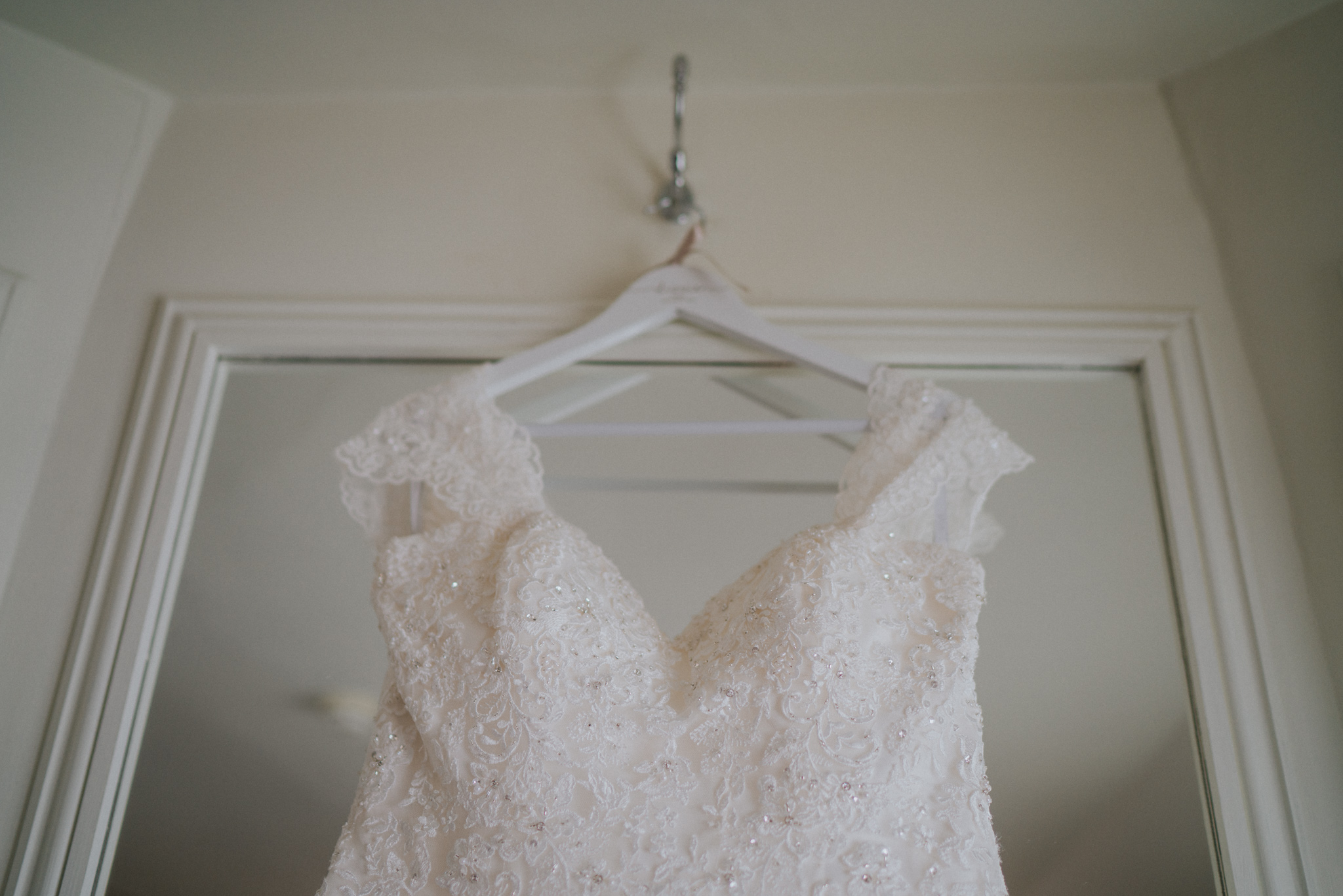 lizzie-faz-fennes-asian-fusion-wedding-grace-elizabeth-colchester-essex-alternative-wedding-lifestyle-photographer-essex-suffolk-norfolk-devon (7 of 55).jpg