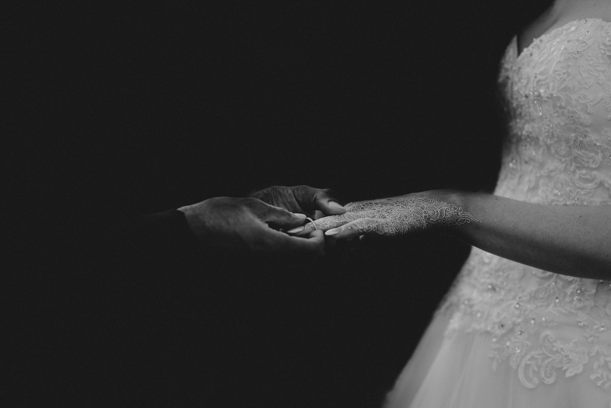 lizzie-faz-fennes-asian-fusion-wedding-grace-elizabeth-colchester-essex-alternative-wedding-lifestyle-photographer-essex-suffolk-norfolk-devon (28 of 55).jpg