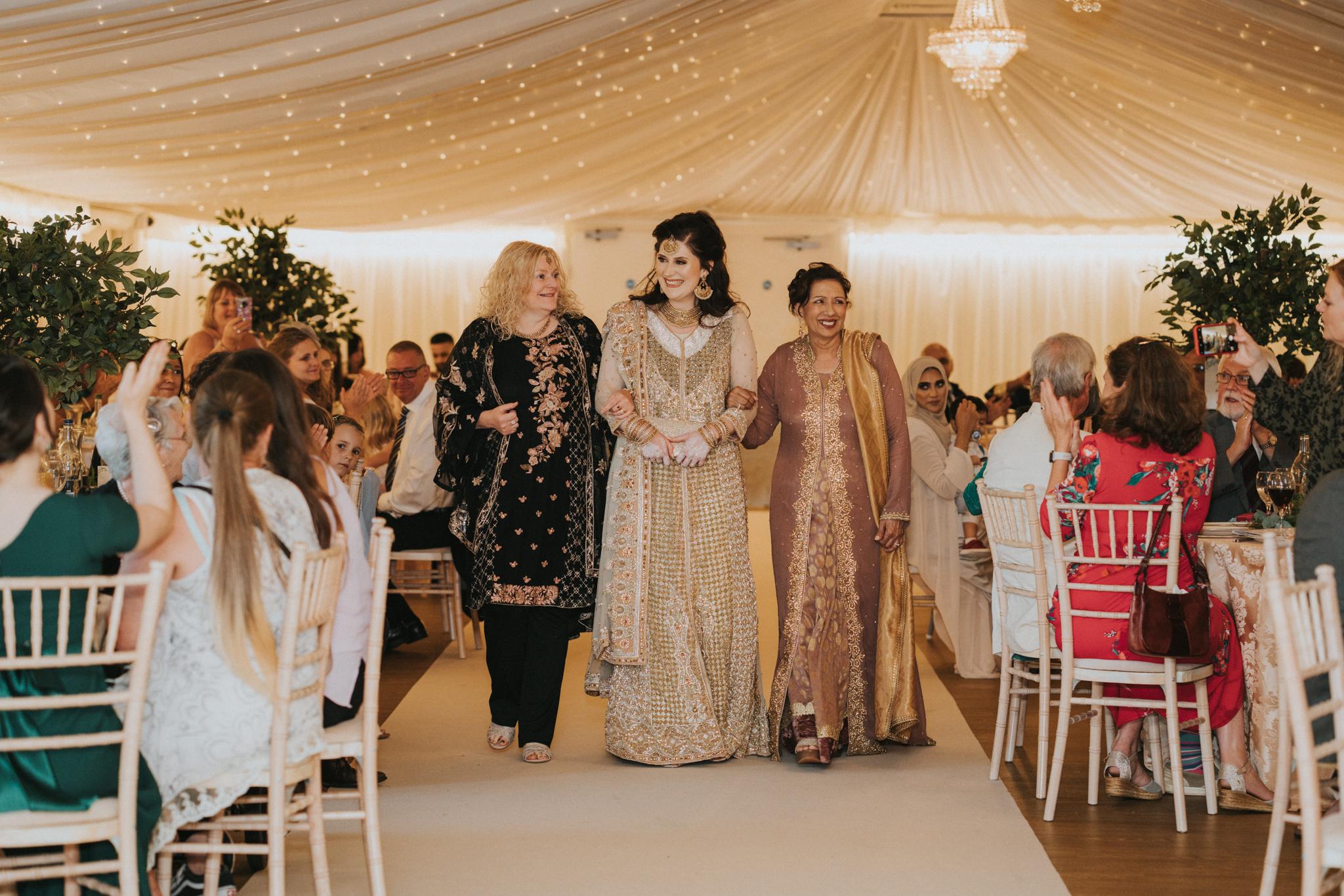 lizzie-faz-fennes-asian-fusion-wedding-grace-elizabeth-colchester-essex-alternative-wedding-lifestyle-photographer-essex-suffolk-norfolk-devon (47 of 55).jpg