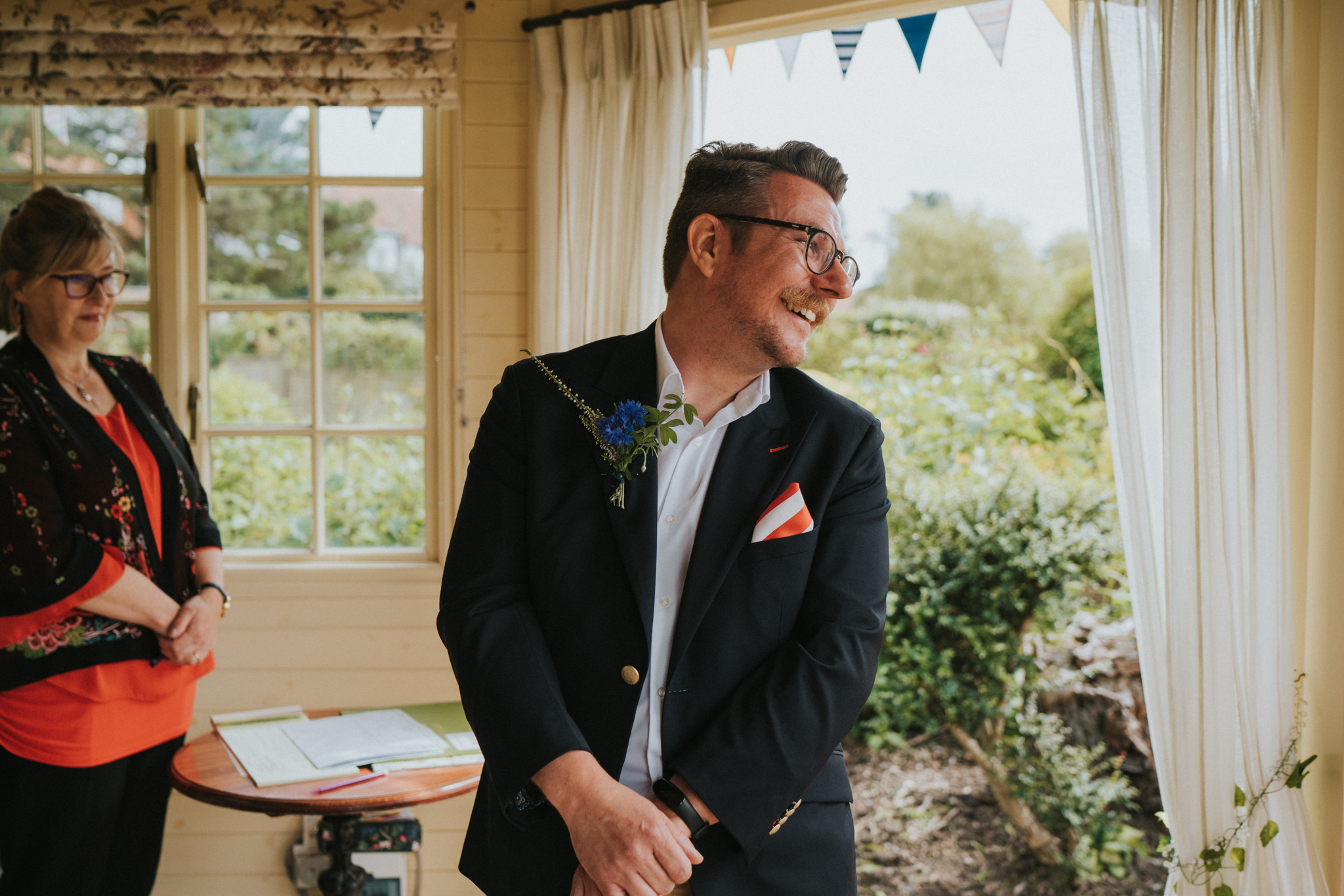 hannah-anthony-thorpeness-retro-diy-50s-wedding-grace-elizabeth-colchester-essex-alternative-wedding-lifestyle-photographer-essex-suffolk-norfolk-devon (10 of 39).jpg