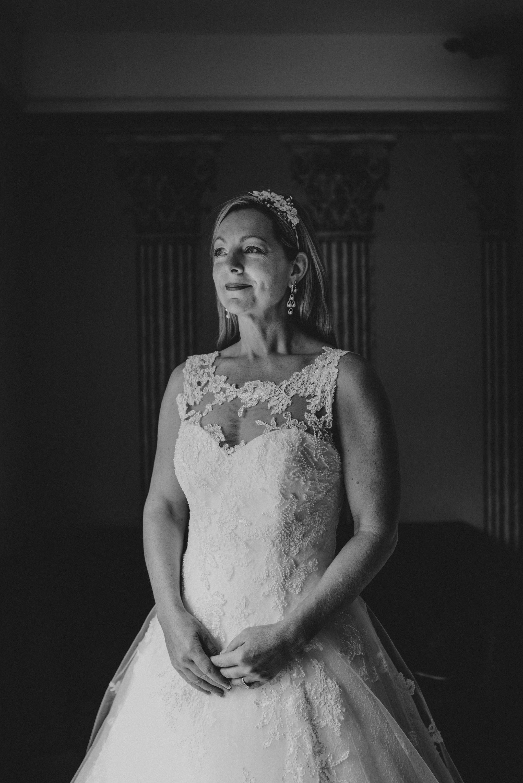 karen-tony-blackthorpe-barn-diy-wedding-grace-elizabeth-colchester-essex-alternative-wedding-lifestyle-photographer-essex-suffolk-norfolk-devon (12 of 35).jpg