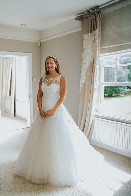 karen-tony-blackthorpe-barn-diy-wedding-grace-elizabeth-colchester-essex-alternative-wedding-lifestyle-photographer-essex-suffolk-norfolk-devon (13 of 35).jpg