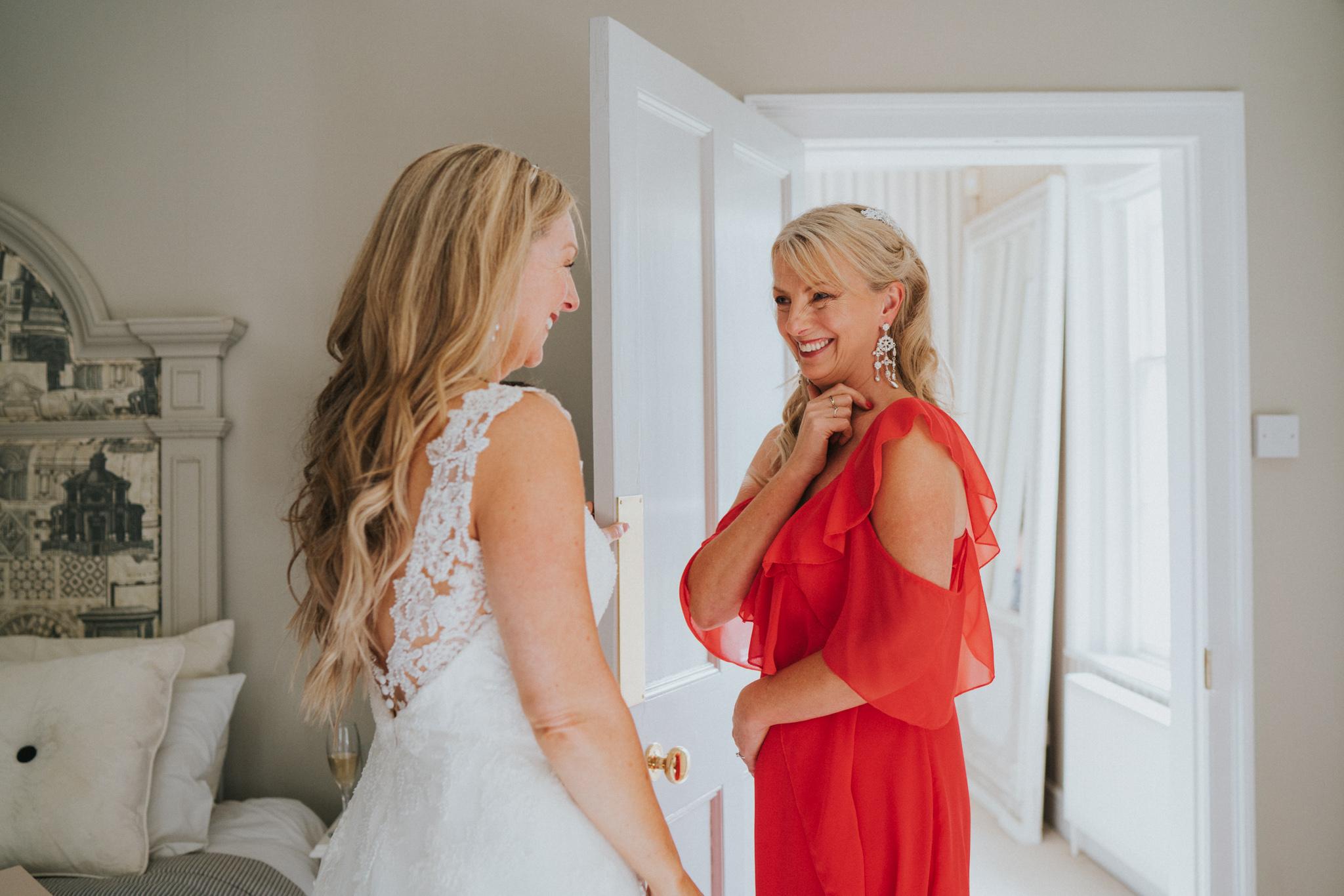 karen-tony-blackthorpe-barn-diy-wedding-grace-elizabeth-colchester-essex-alternative-wedding-lifestyle-photographer-essex-suffolk-norfolk-devon (14 of 35).jpg