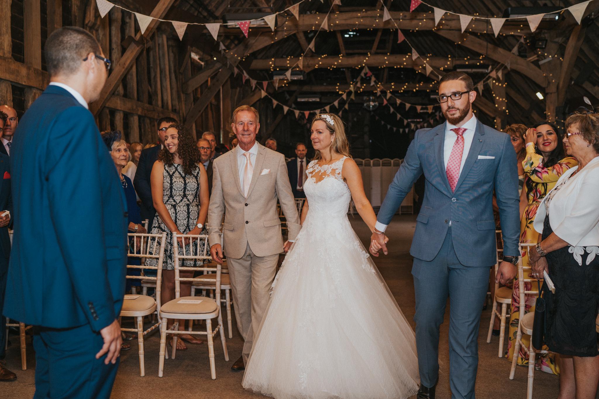 karen-tony-blackthorpe-barn-diy-wedding-grace-elizabeth-colchester-essex-alternative-wedding-lifestyle-photographer-essex-suffolk-norfolk-devon (17 of 35).jpg