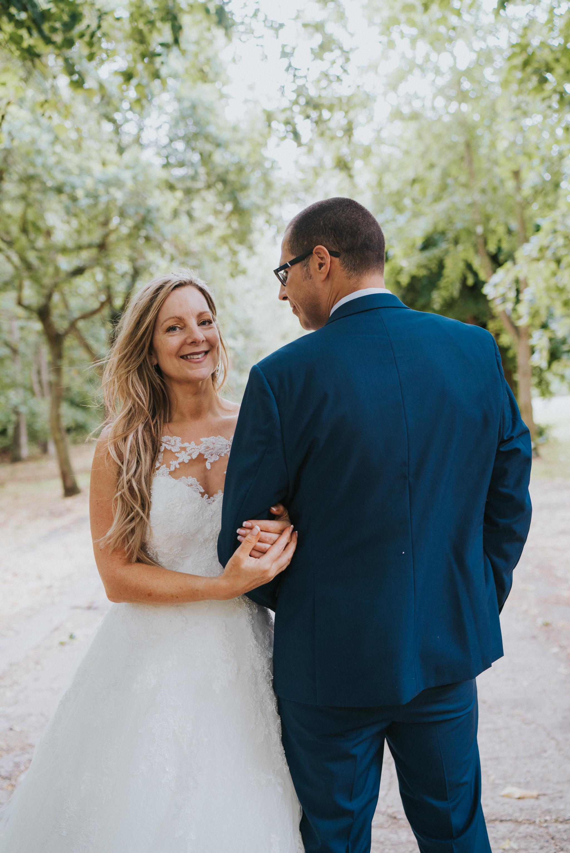 karen-tony-blackthorpe-barn-diy-wedding-grace-elizabeth-colchester-essex-alternative-wedding-lifestyle-photographer-essex-suffolk-norfolk-devon (26 of 35).jpg